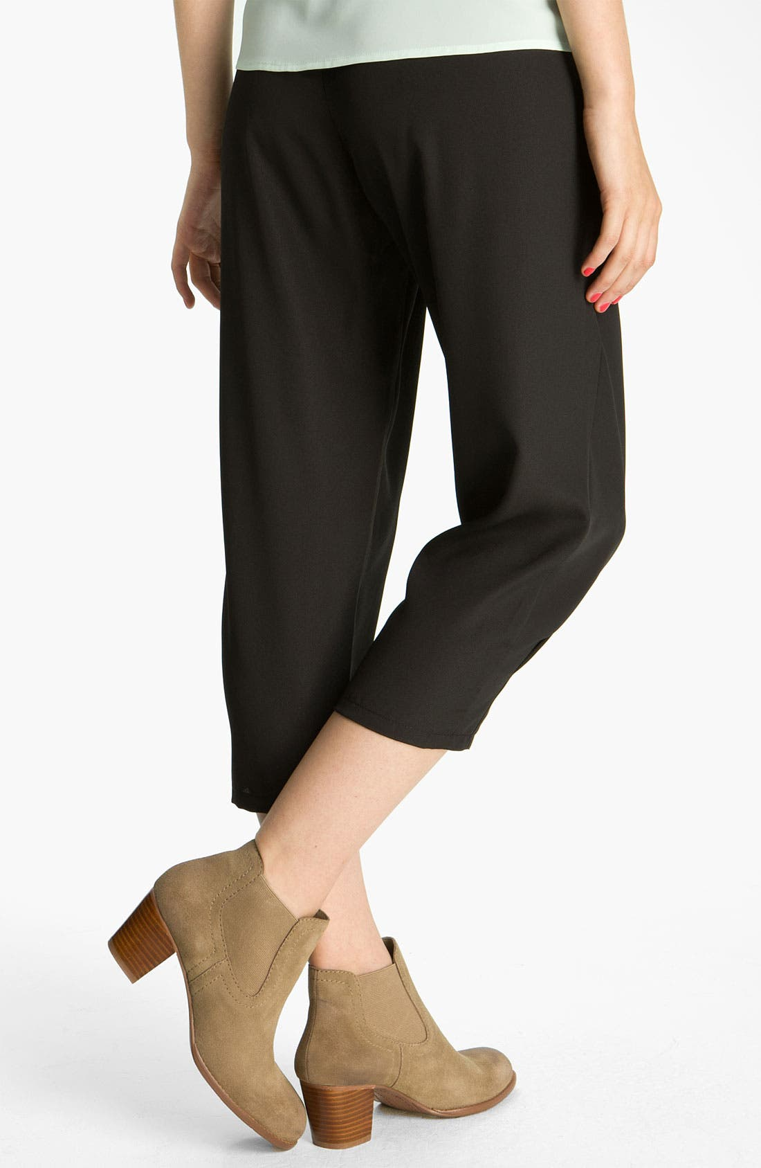 Alternate Image 2  - Mimi Chica Crop Pleated Pants (Juniors)