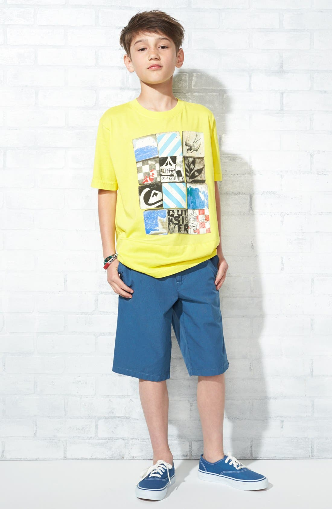 Alternate Image 1 Selected - Quiksilver T-Shirt & Shorts (Big Boys)