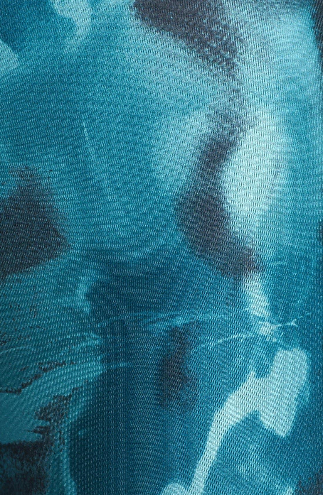Alternate Image 3  - Nike 'Twisty' Print Crop Running Pants