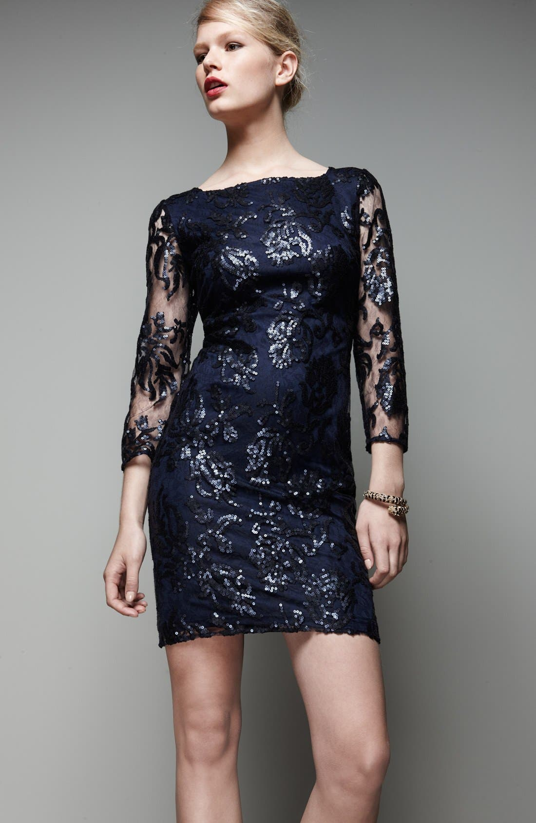 Alternate Image 4  - Adrianna Papell Sequin Lace Dress (Regular & Petite)