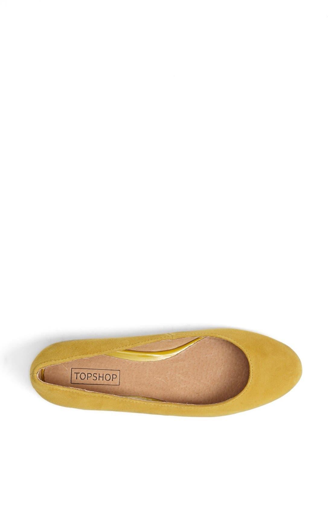'Mello Mini Wedge' Court Shoe,                             Alternate thumbnail 3, color,                             Mustard