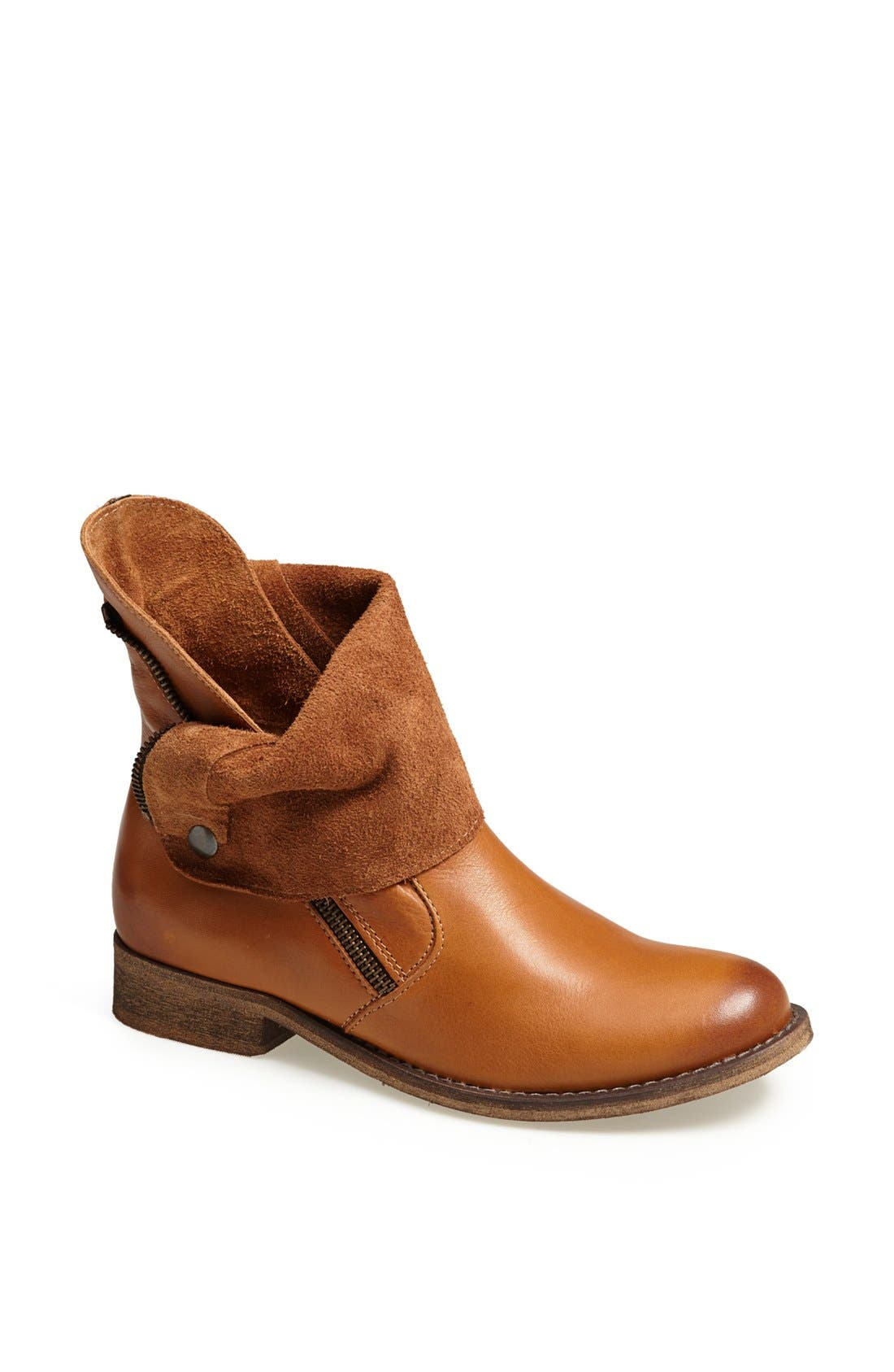 Alternate Image 1 Selected - Steve Madden 'Solemate' Leather Bootie