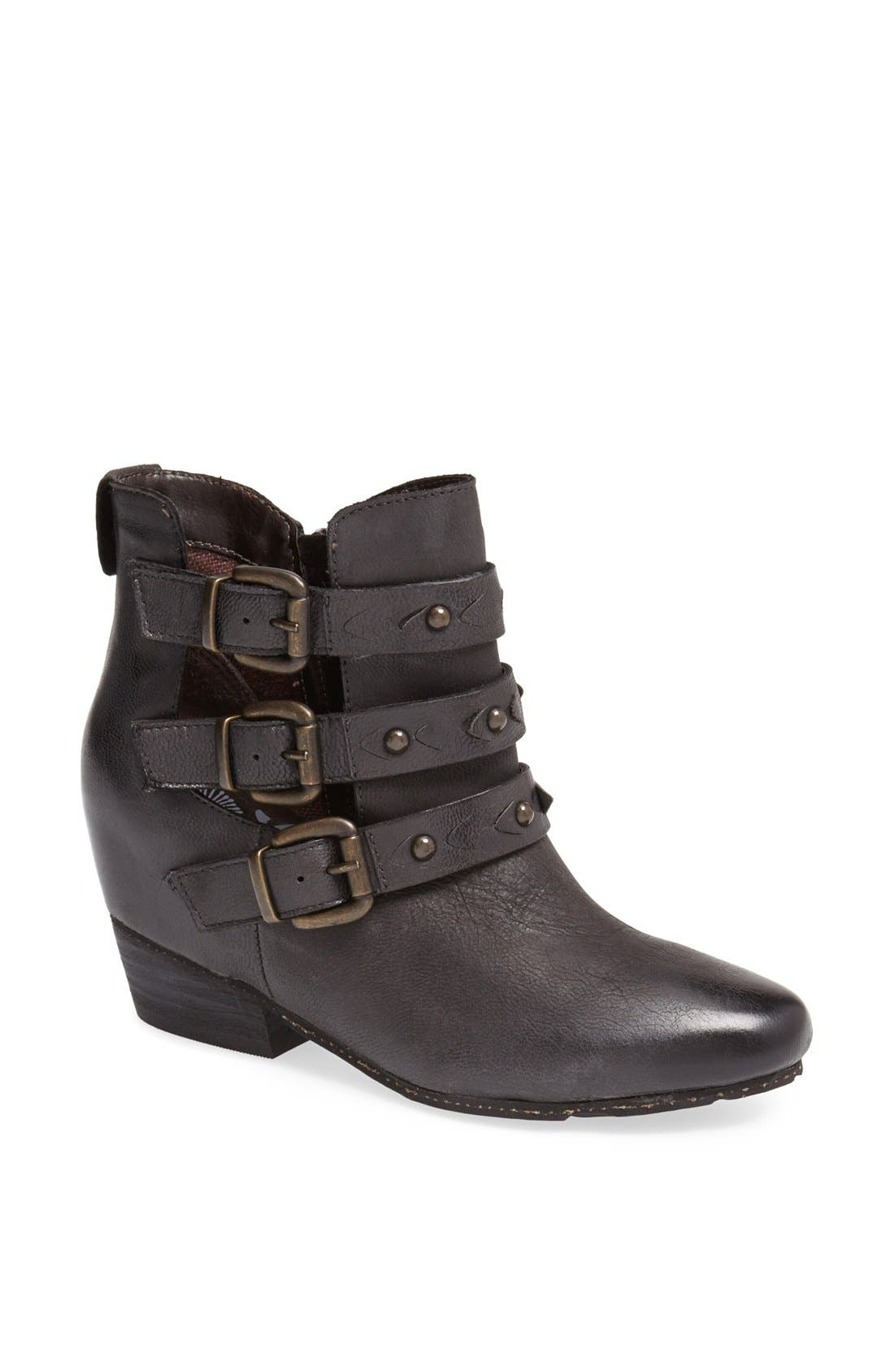 Alternate Image 1 Selected - OTBT 'Valley View' Bootie