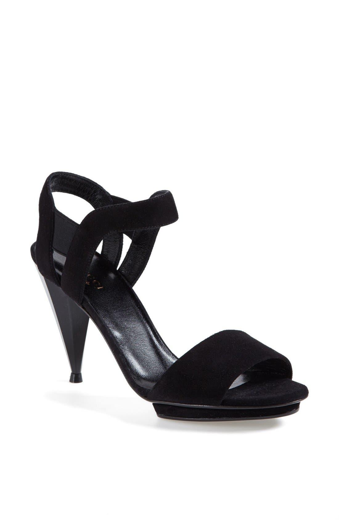 Alternate Image 1 Selected - Gucci 'Liberty' Sandal