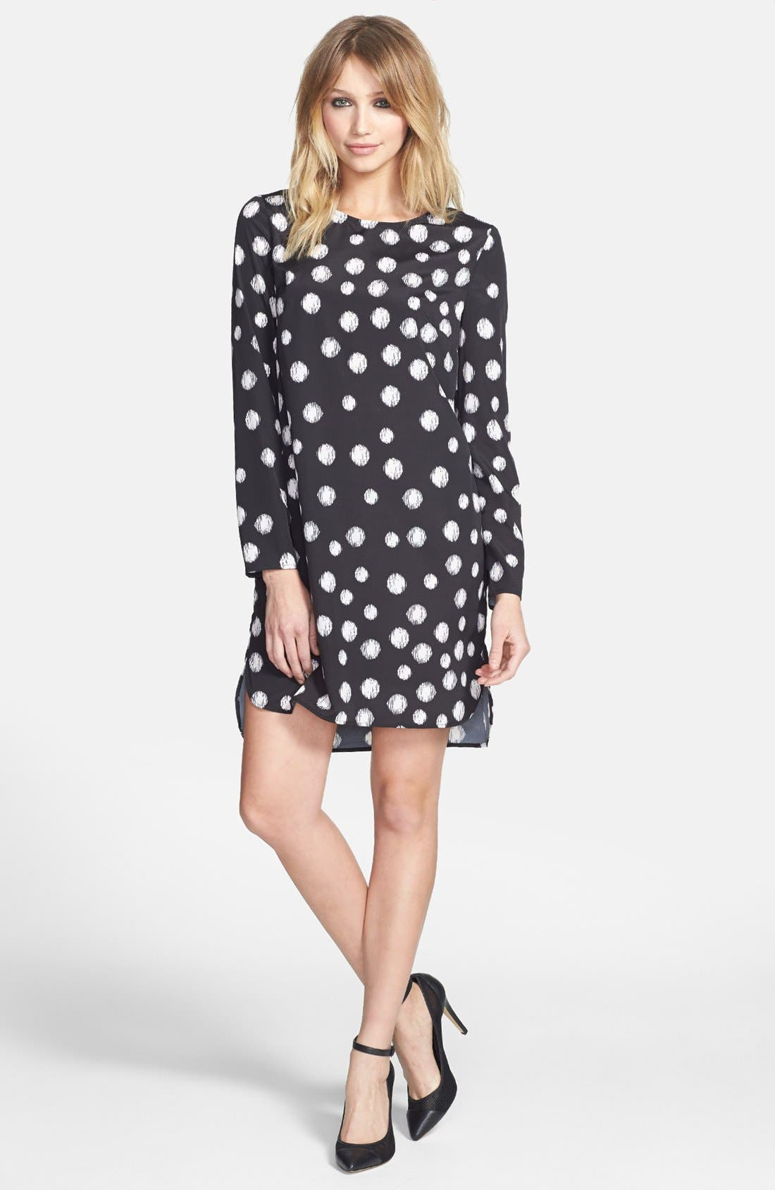 Main Image - Wayf Long Sleeve Crepe Shift Dress