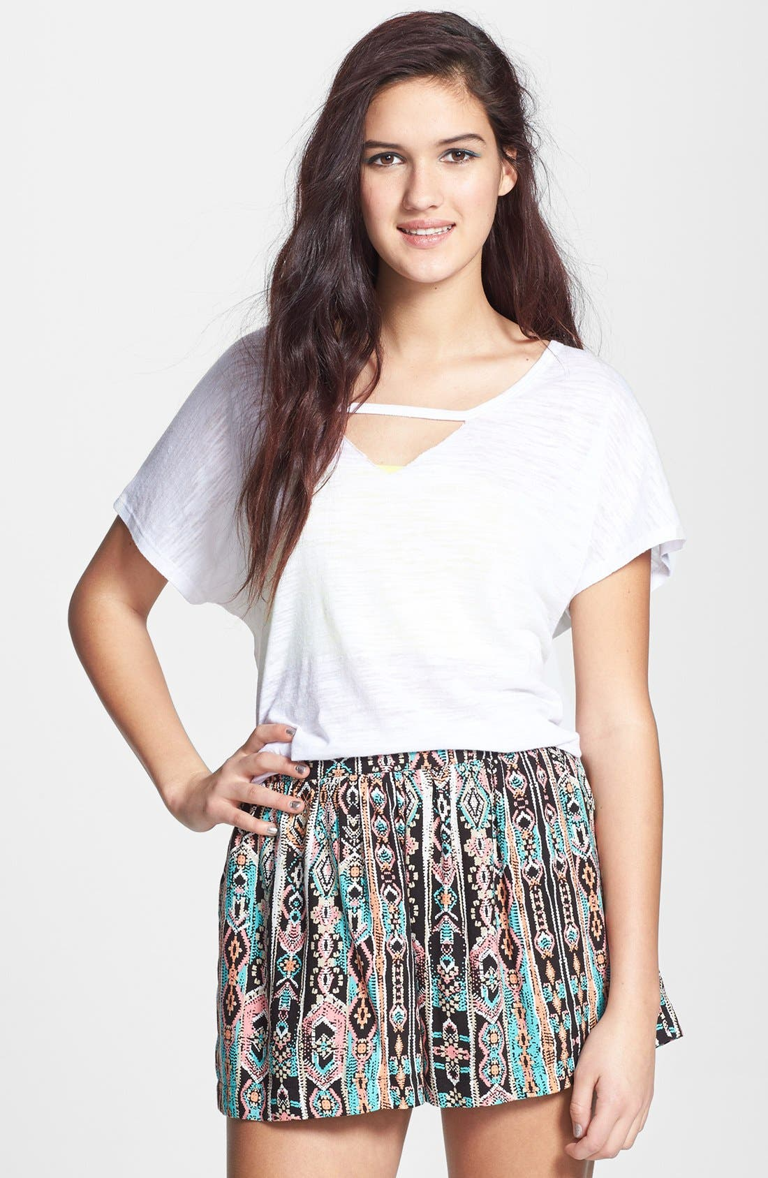 Alternate Image 1 Selected - Lily White Full Shorts (Juniors) (Online Only)