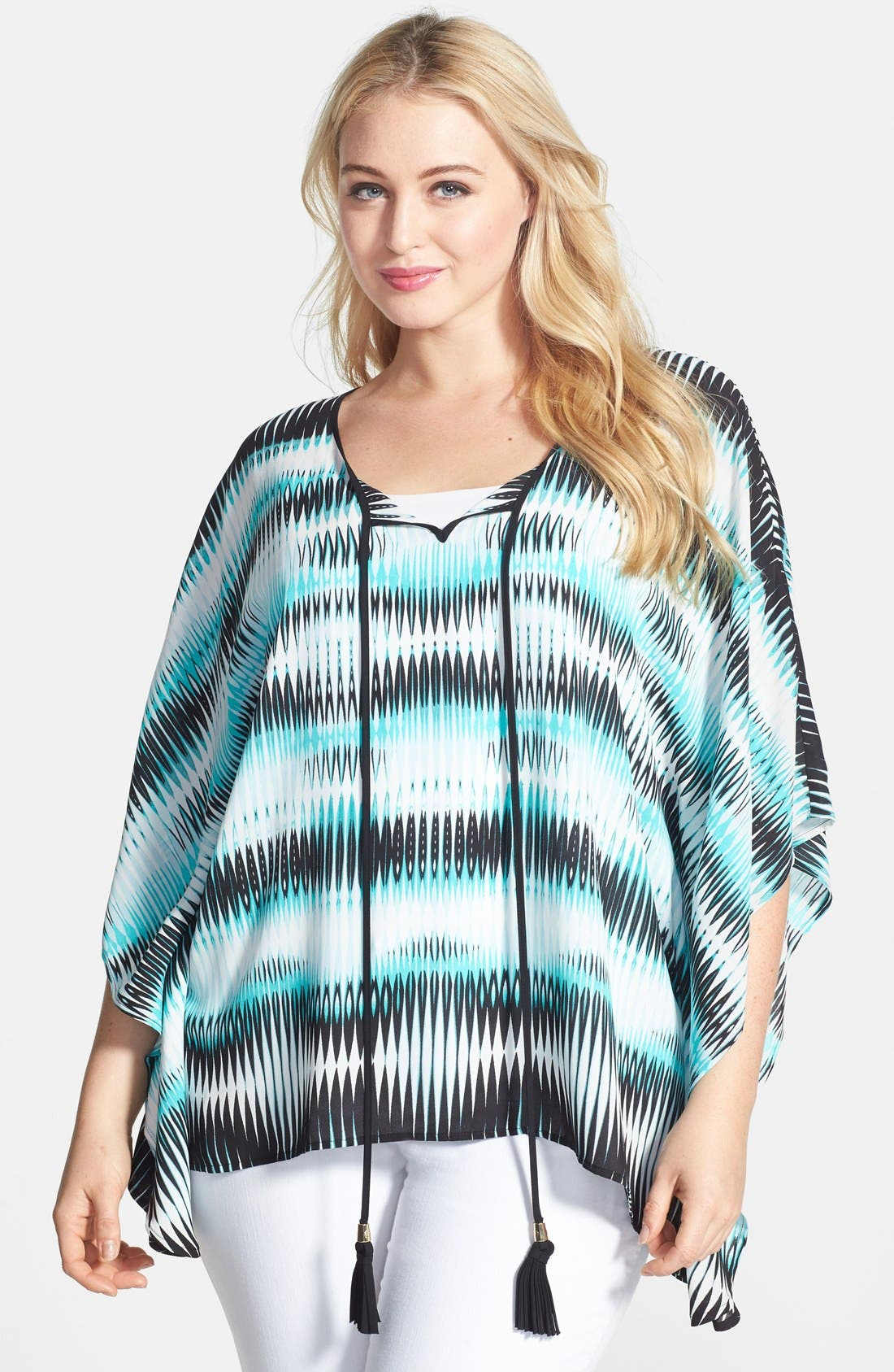 Main Image - Vince Camuto 'Linear Echoes' Caftan Style Top (Plus Size)