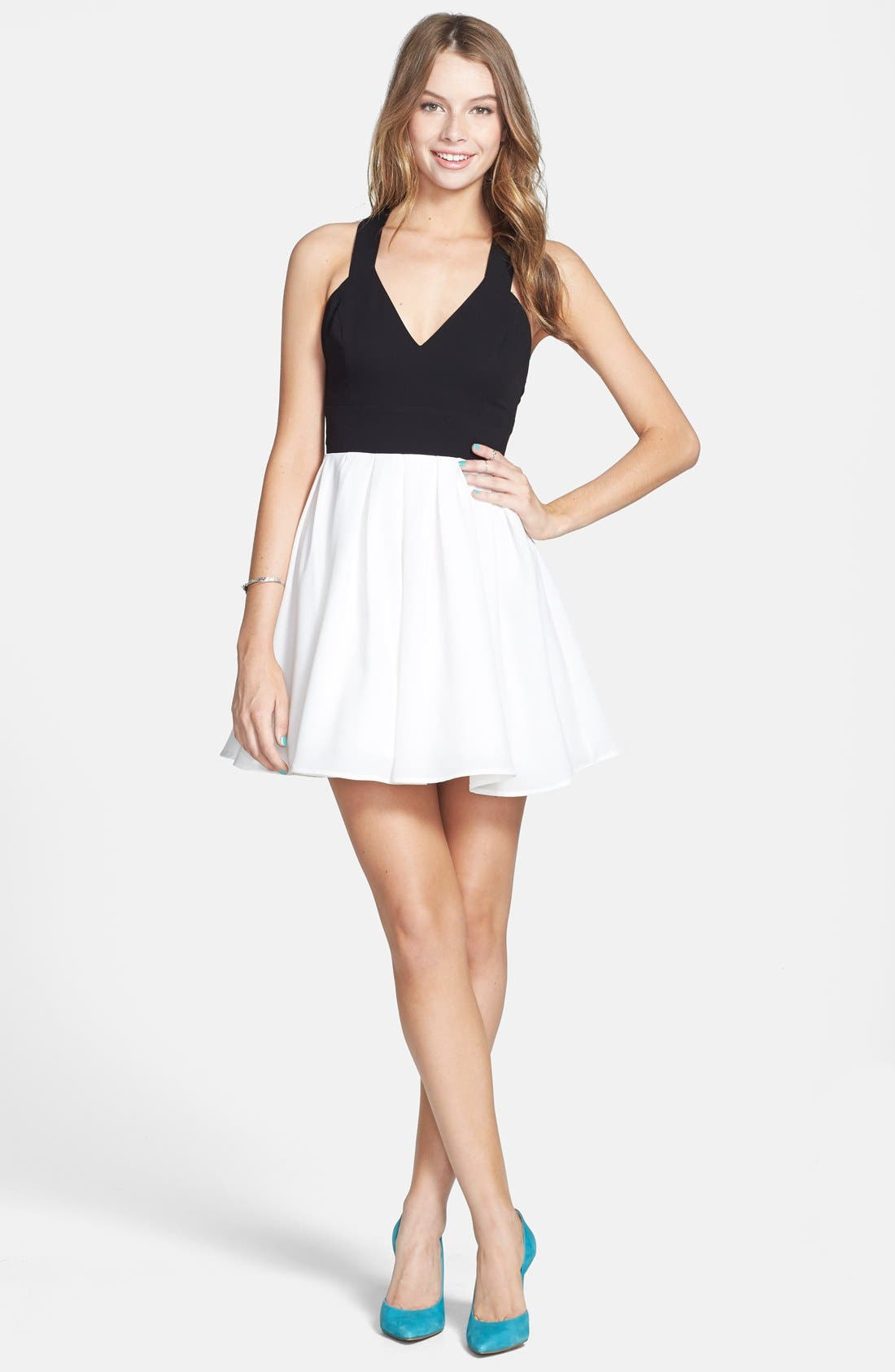 Alternate Image 1 Selected - En Crème Colorblock Bow Back Dress (Juniors)