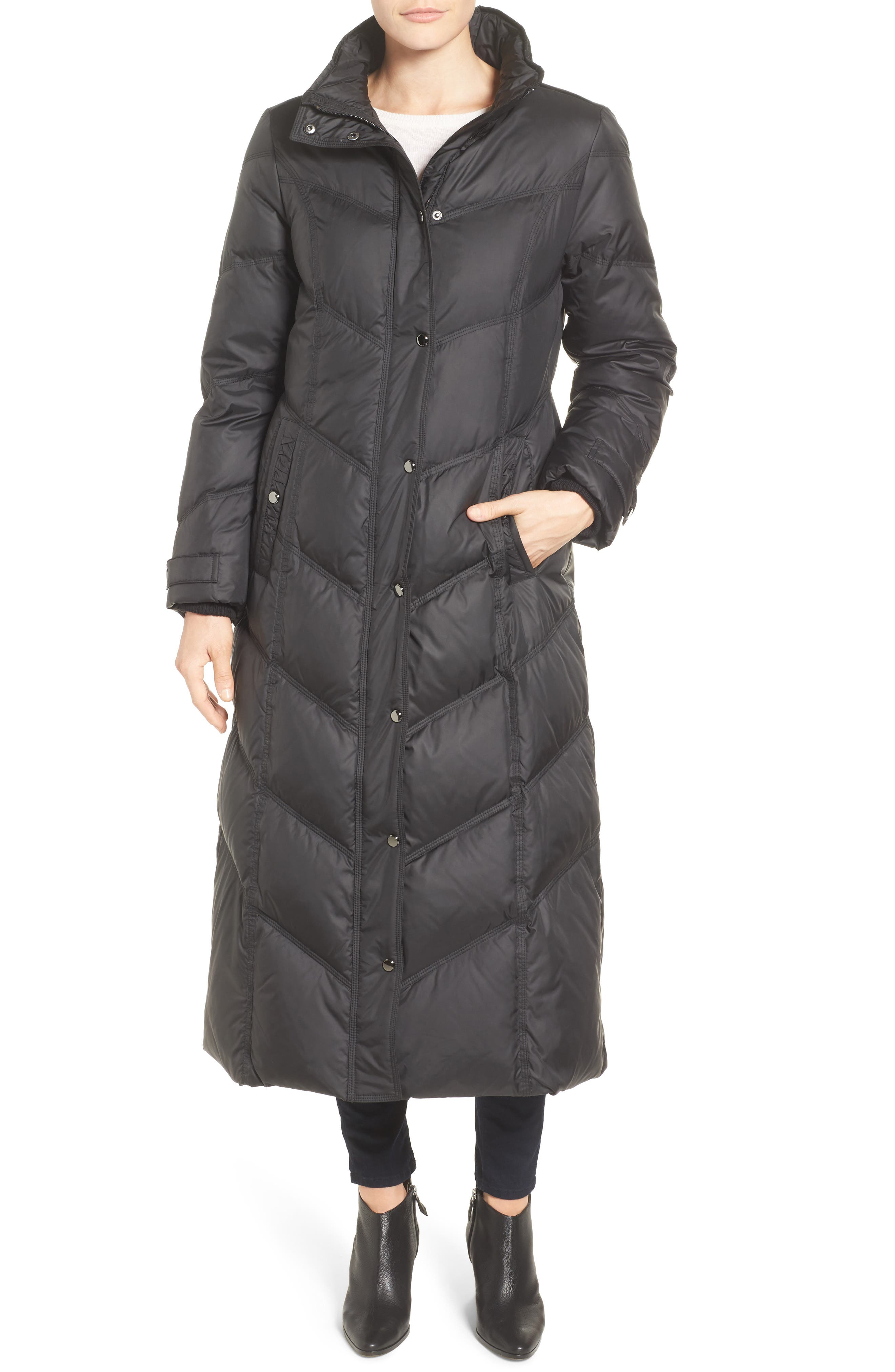 Alternate Image 4  - London Fog Faux Fur Trim Quilted Maxi Coat