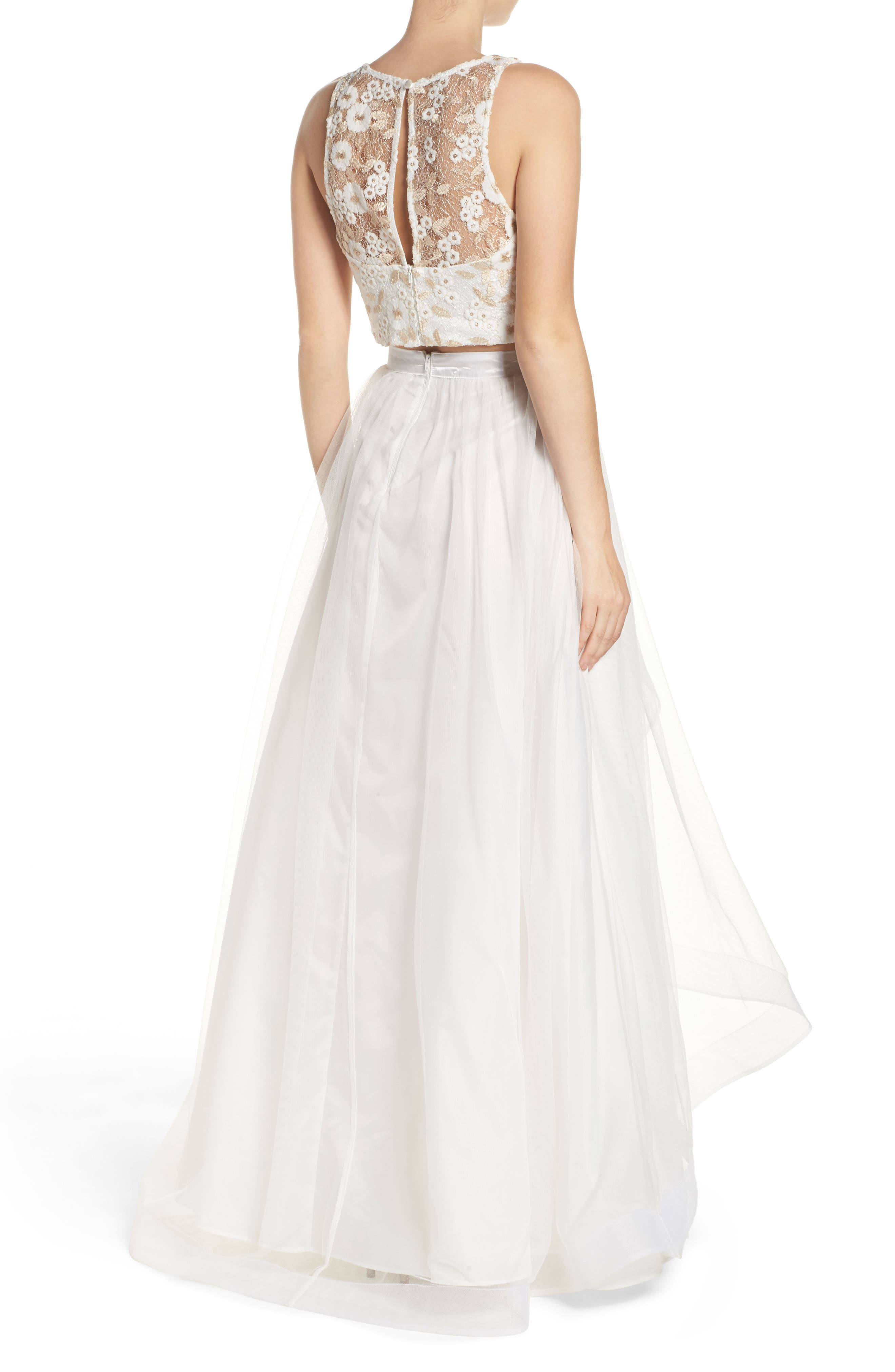 Alternate Image 2  - Sequin Hearts Embroidered Tulle Two-Piece Gown