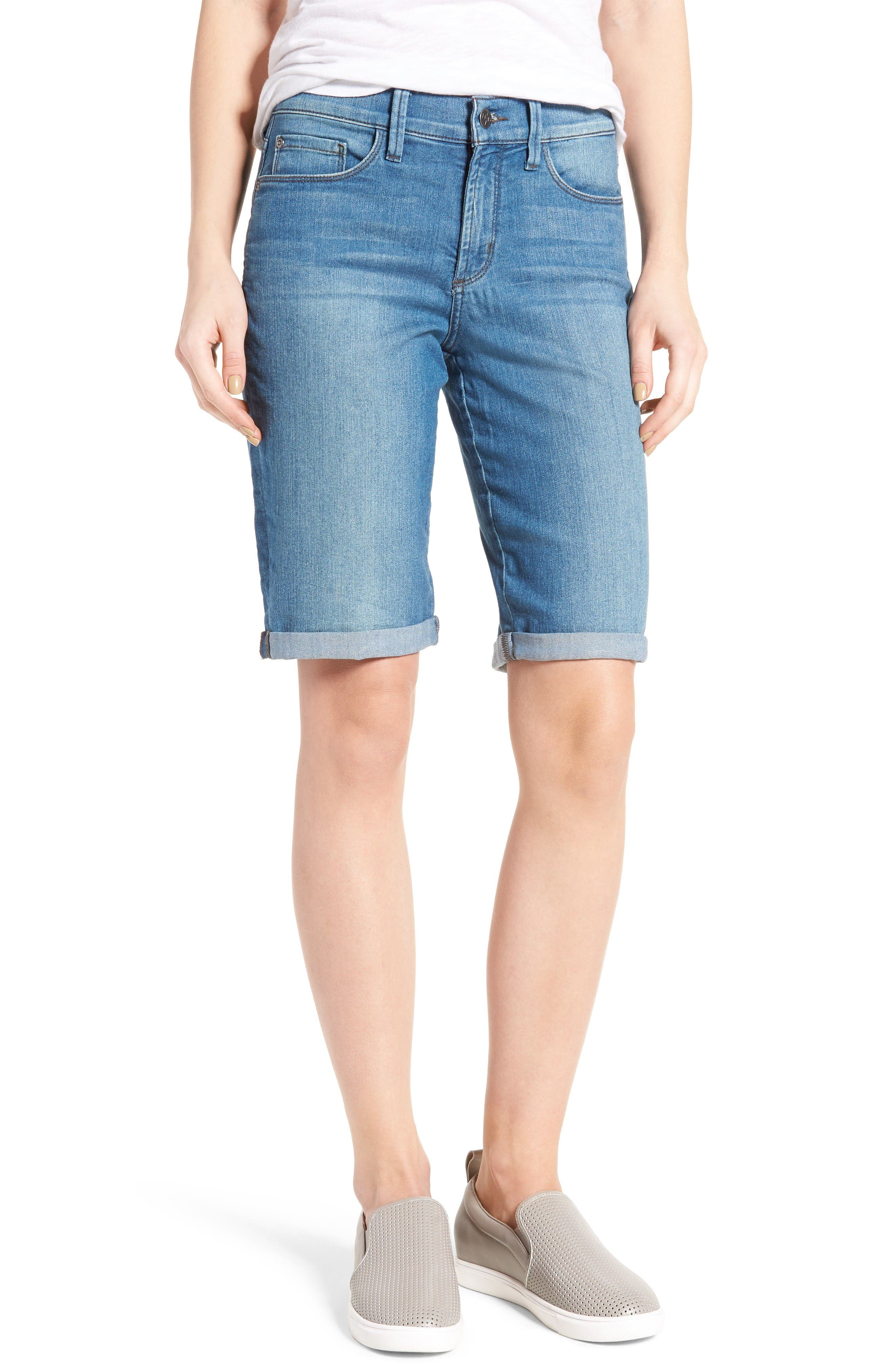 NYDJ Briella Stretch Denim Roll Cuff Shorts (Jet Stream) (Regular & Petite)