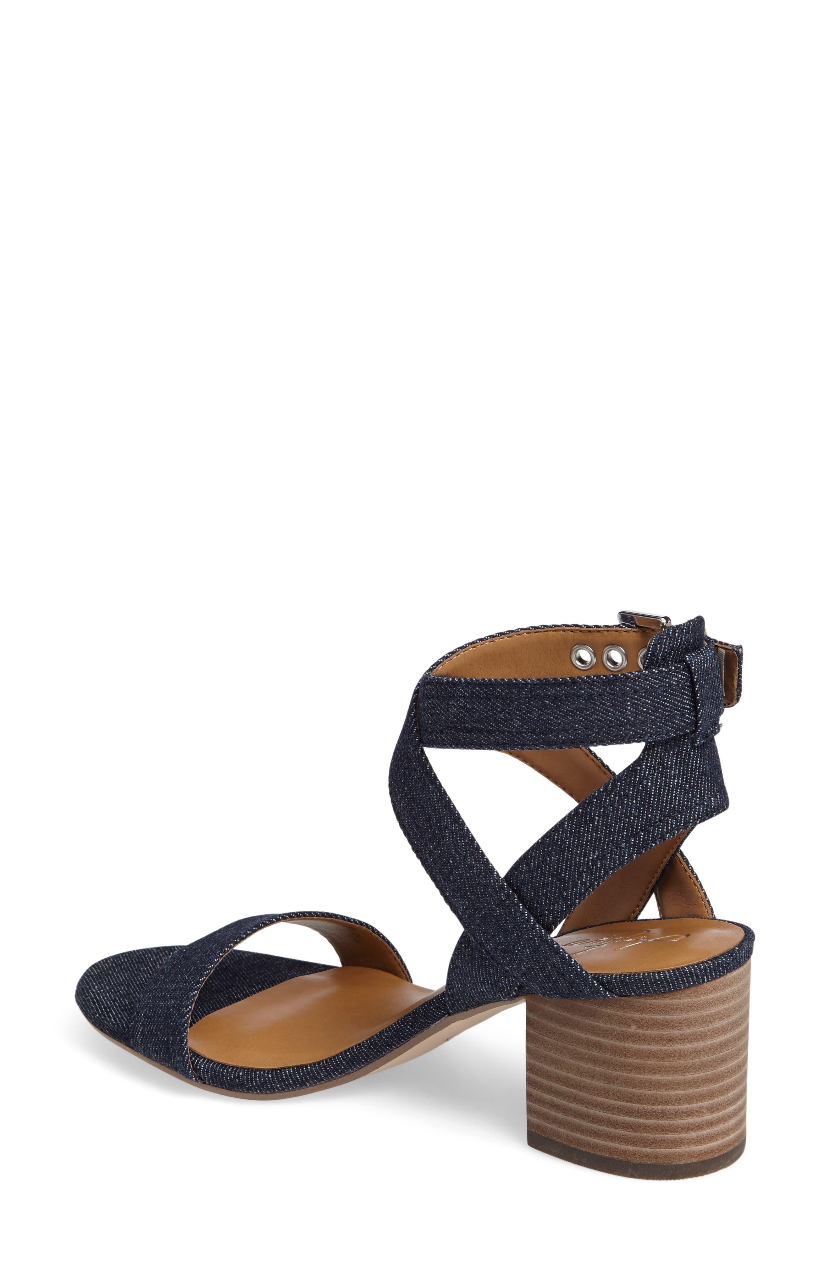 Alternate Image 2  - Arturo Chiang Hammil Block Heel Sandal (Women)
