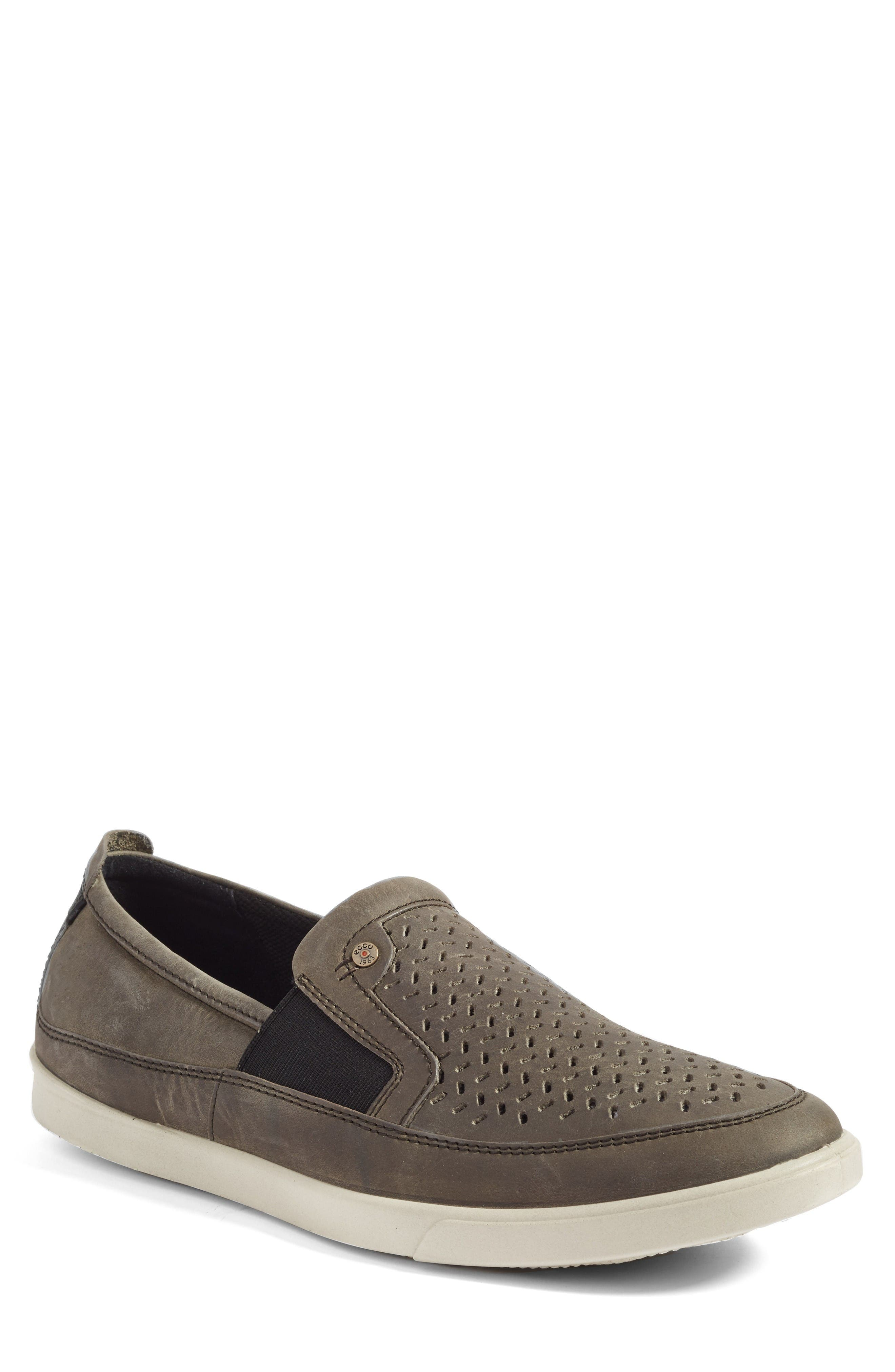 Alternate Image 1 Selected - ECCO 'Collin' Perforated Slip On Sneaker (Men)