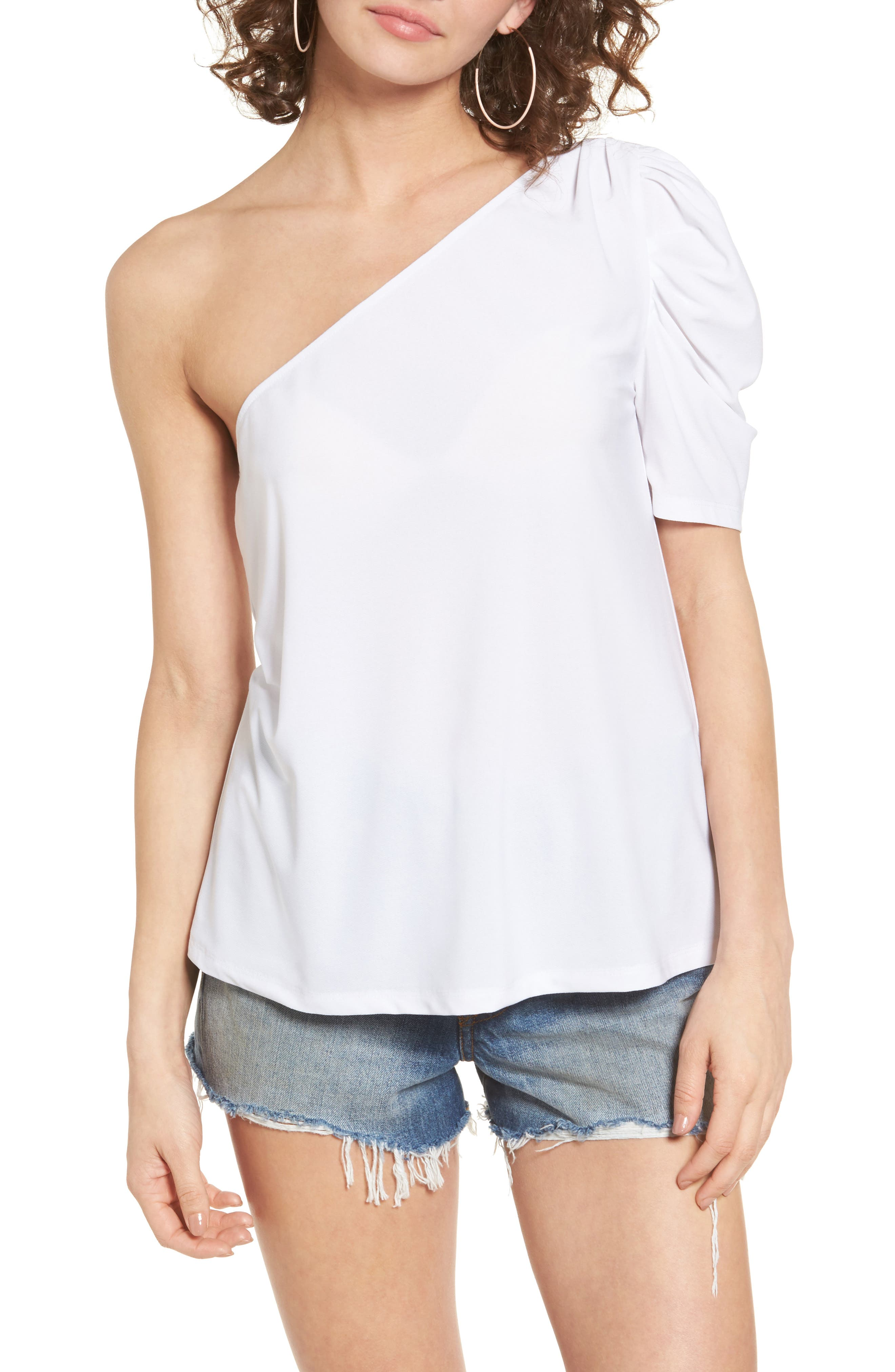 Alternate Image 1 Selected - Leith One-Shoulder Top
