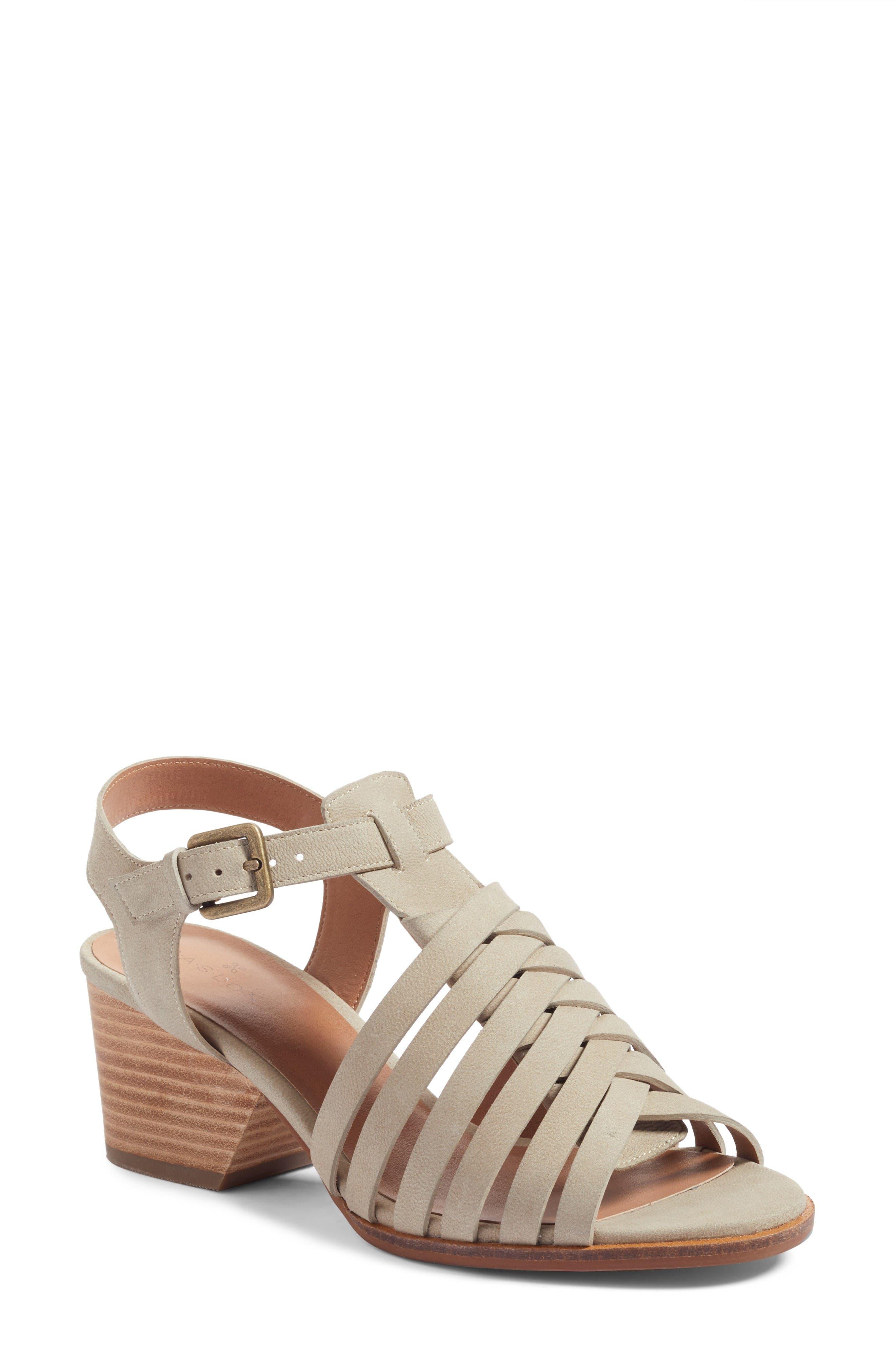 Main Image - Caslon® Camryn Sandal (Women)