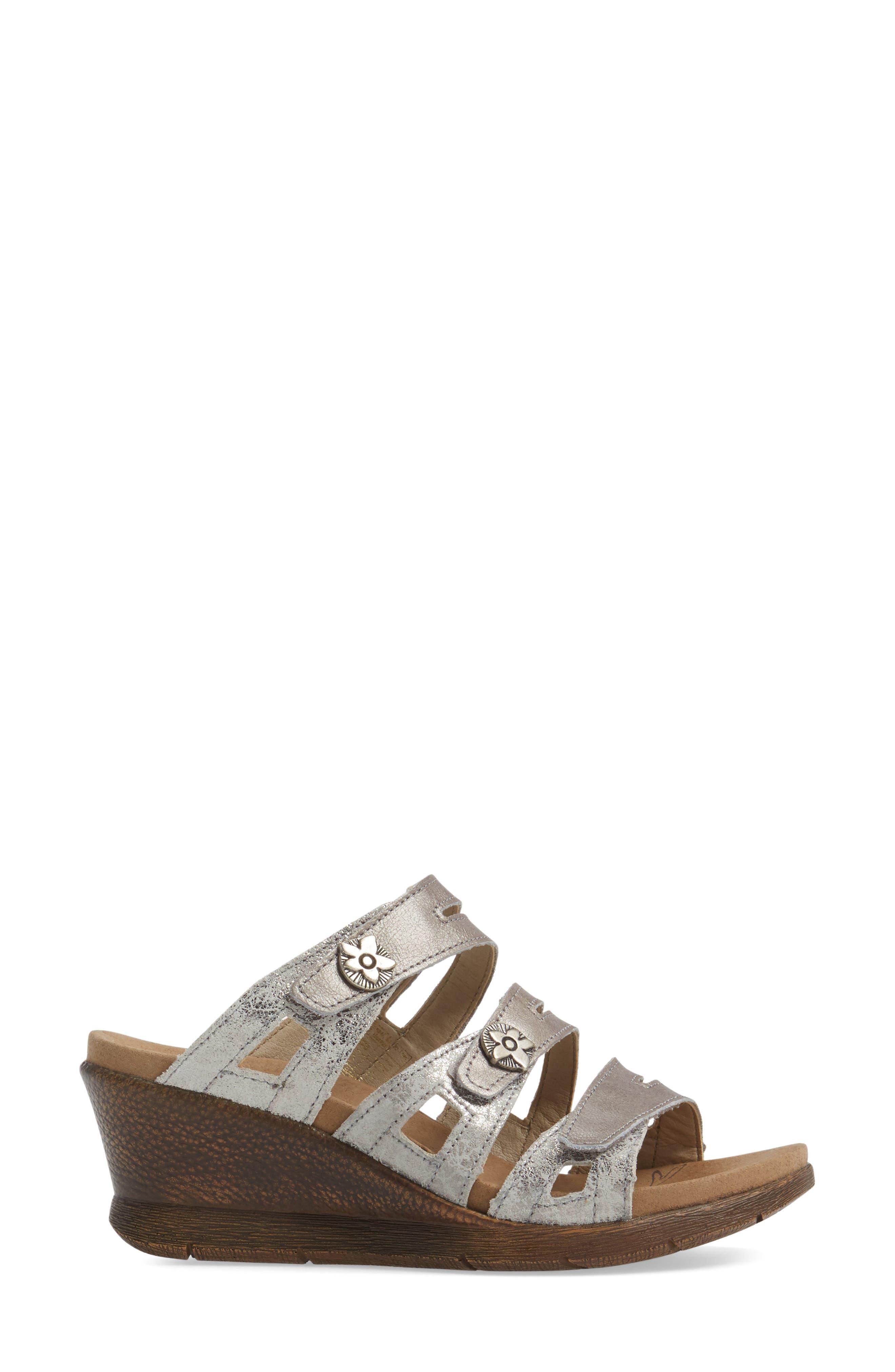 Nevis 04 Sandal,                             Alternate thumbnail 3, color,                             Platin Leather