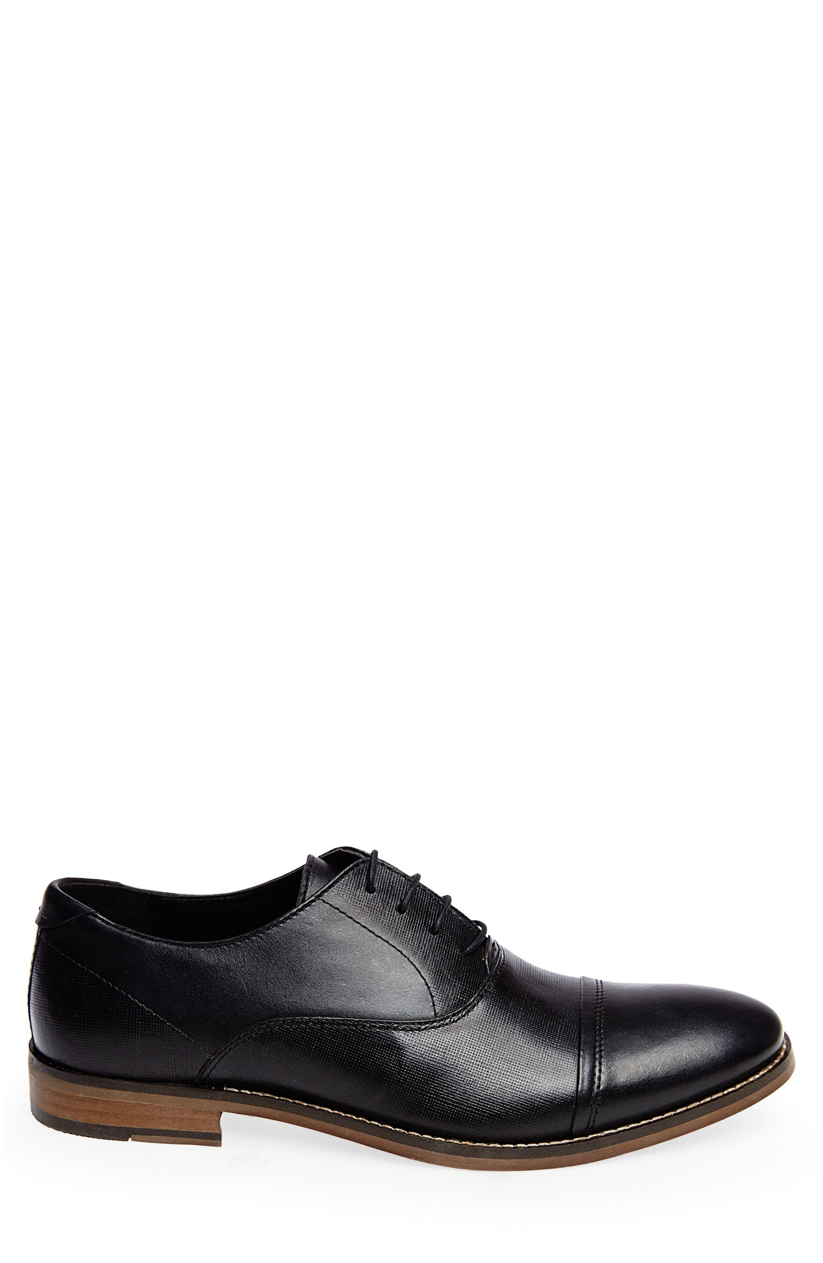 Finnich Textured Cap Toe Oxford,                             Alternate thumbnail 2, color,                             Black