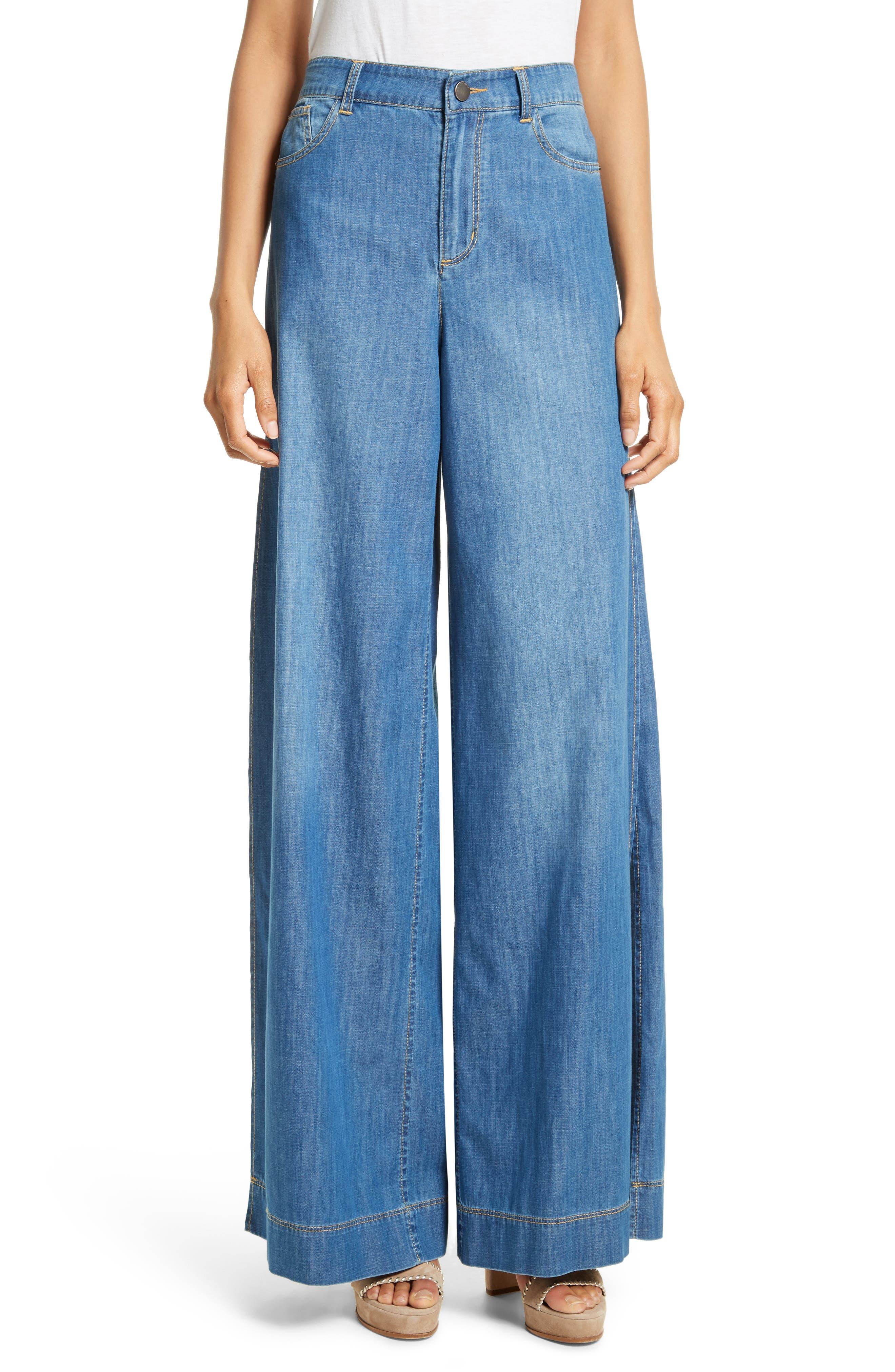Alternate Image 1 Selected - Alice + Olivia Clarissa Side Slit Wide Leg Jeans