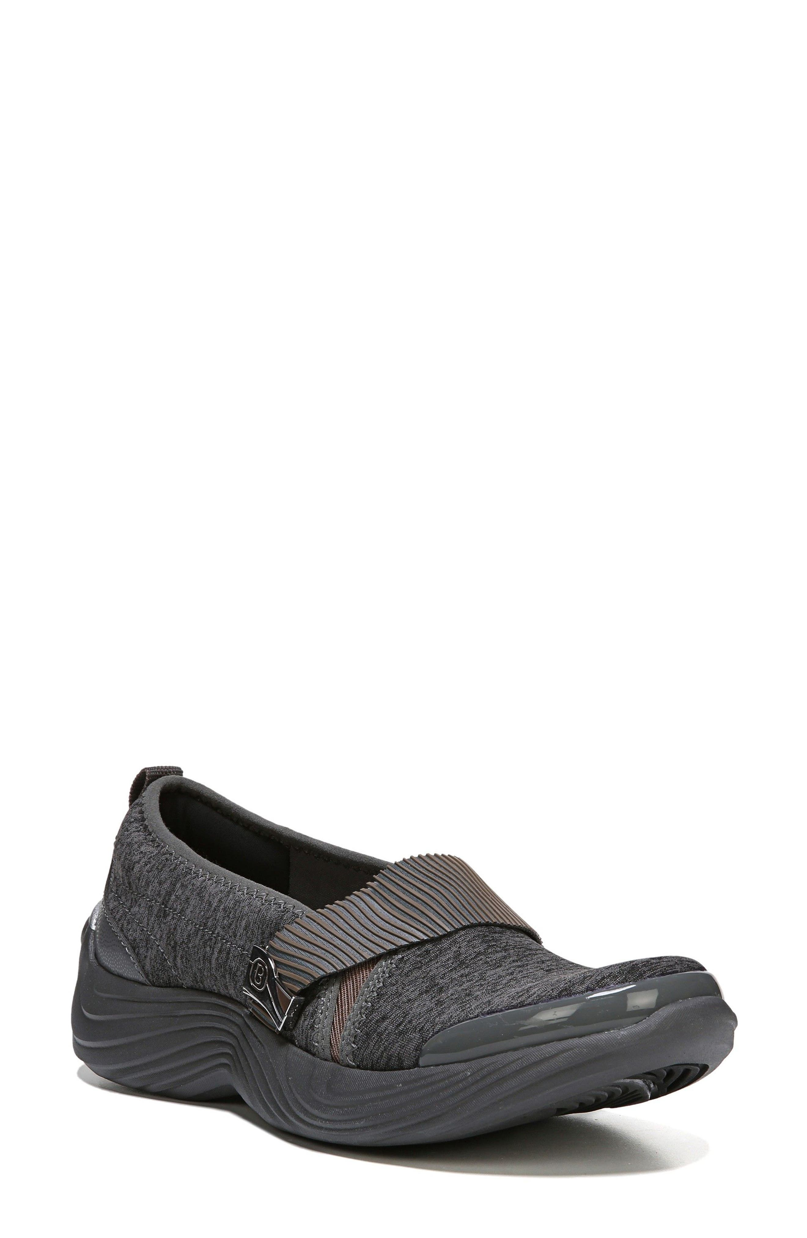 BZees Tanza Slip-On (Women)