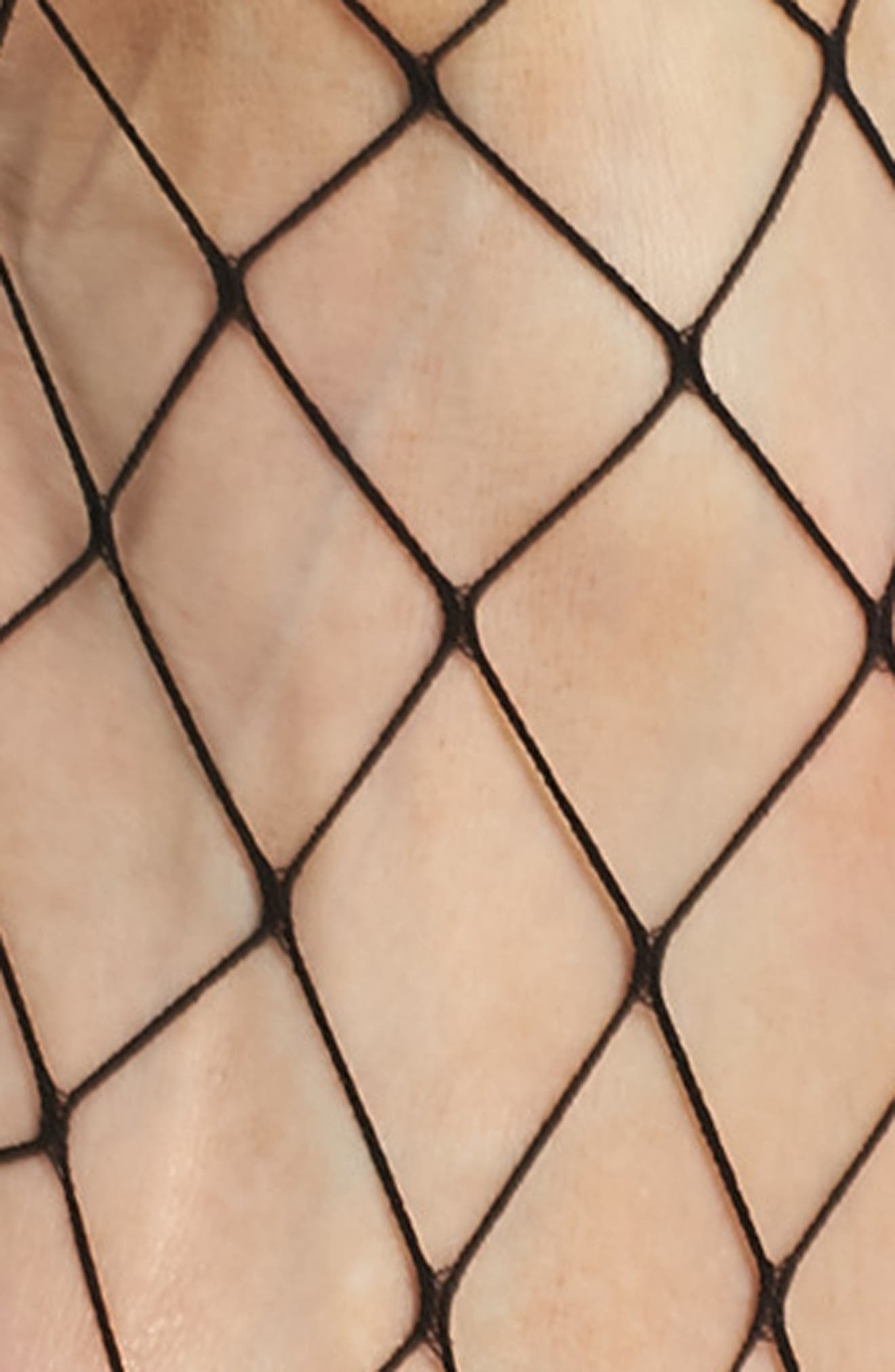 Alternate Image 2  - Nordstrom Fishnet Ankle Socks