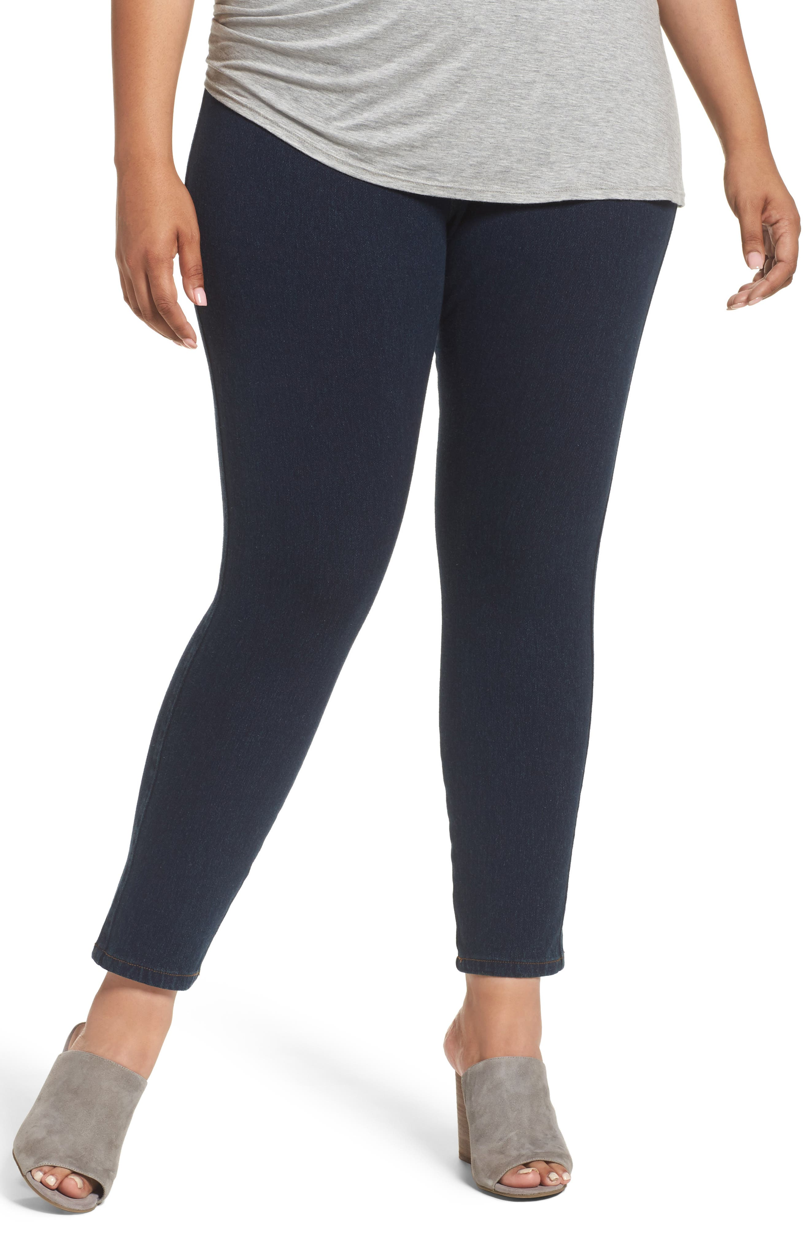 Main Image - Lyssè Toothpick Denim Leggings (Plus Size)