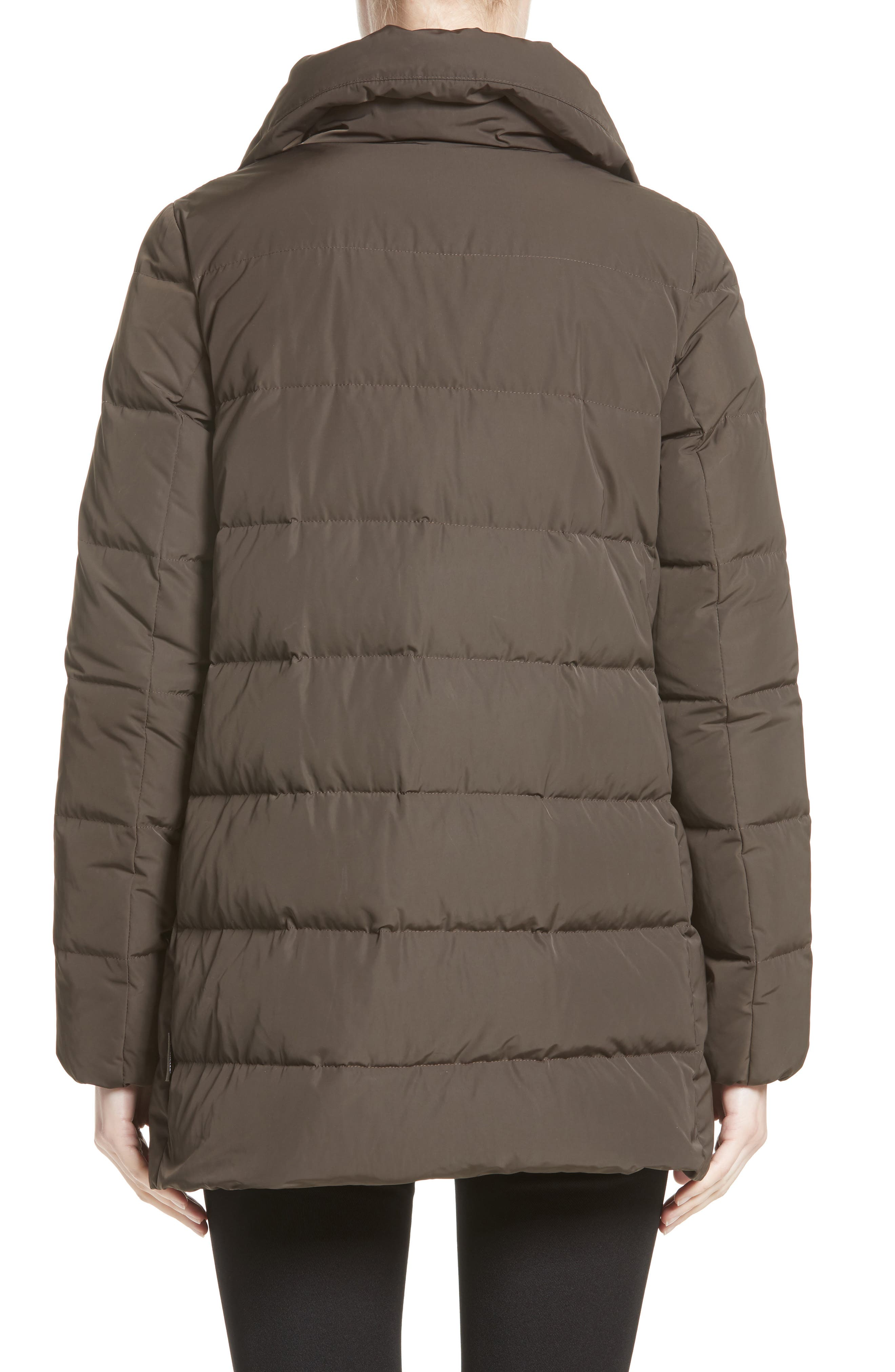 Alternate Image 2  - Moncler Petrea Quilted Down Puffer Jacket