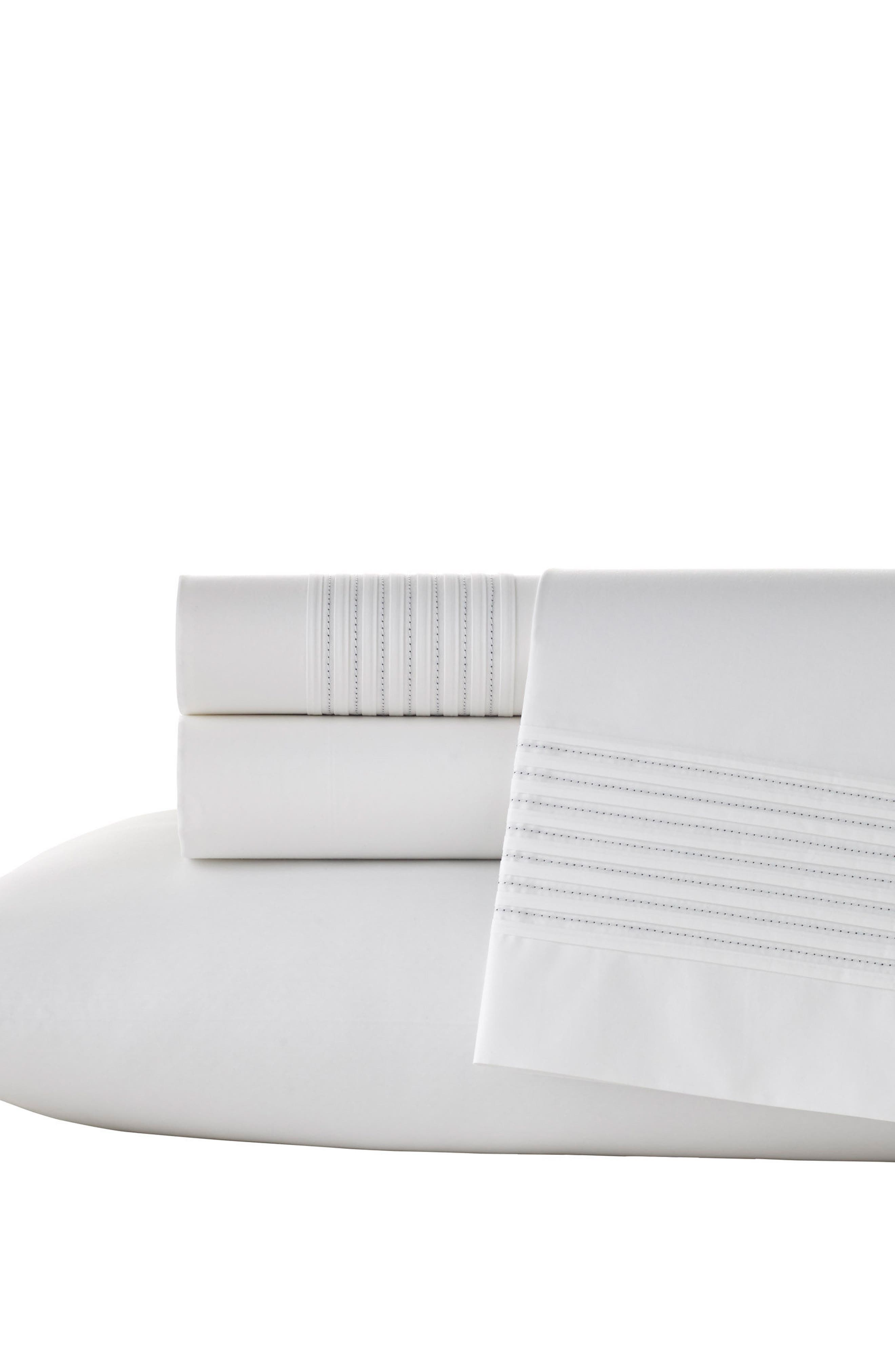 Mirrored Square 400 Thread Count Flat Sheet,                         Main,                         color, White