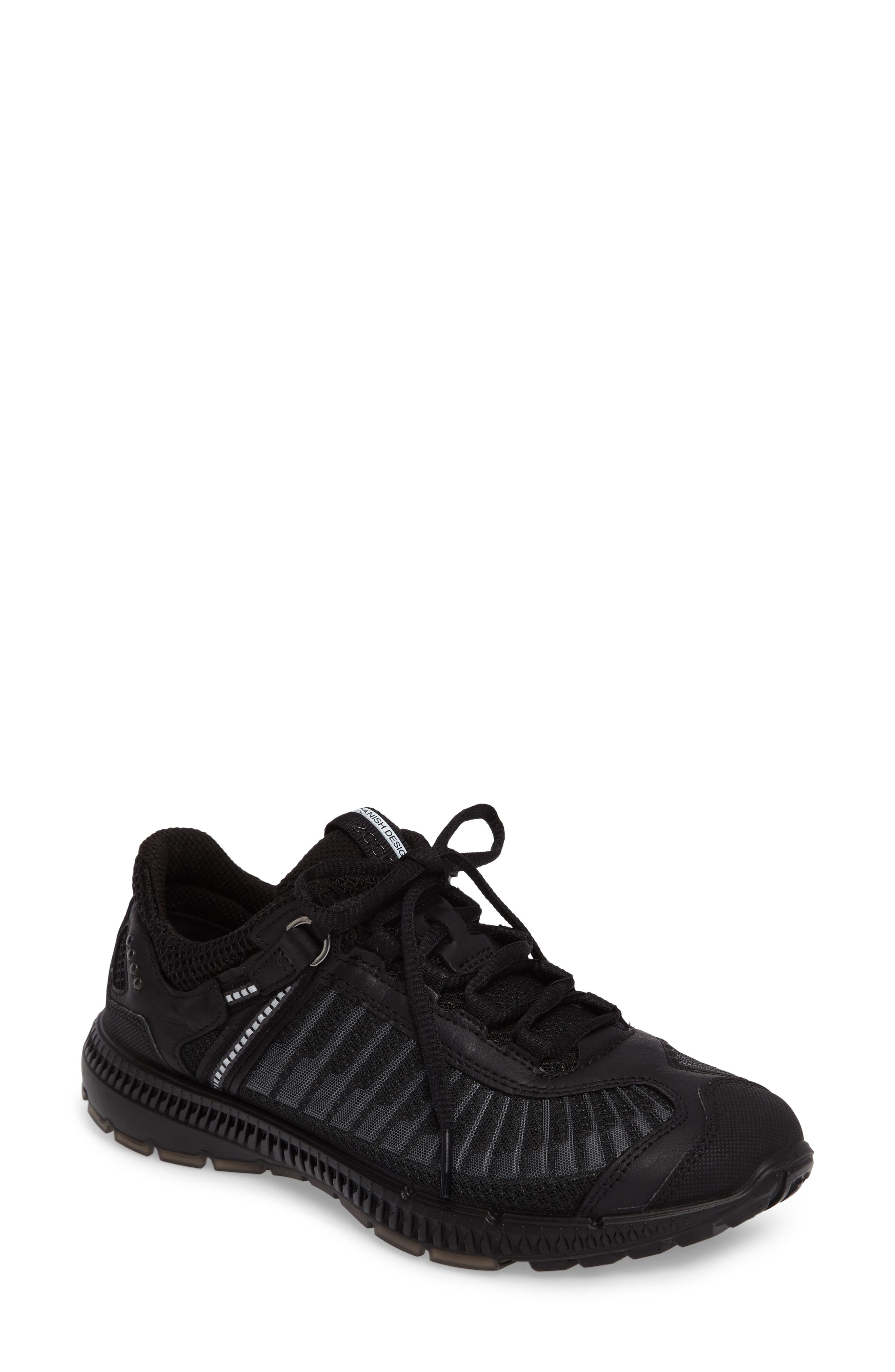 Intrinsic TR Running Shoe,                         Main,                         color, Black Leather