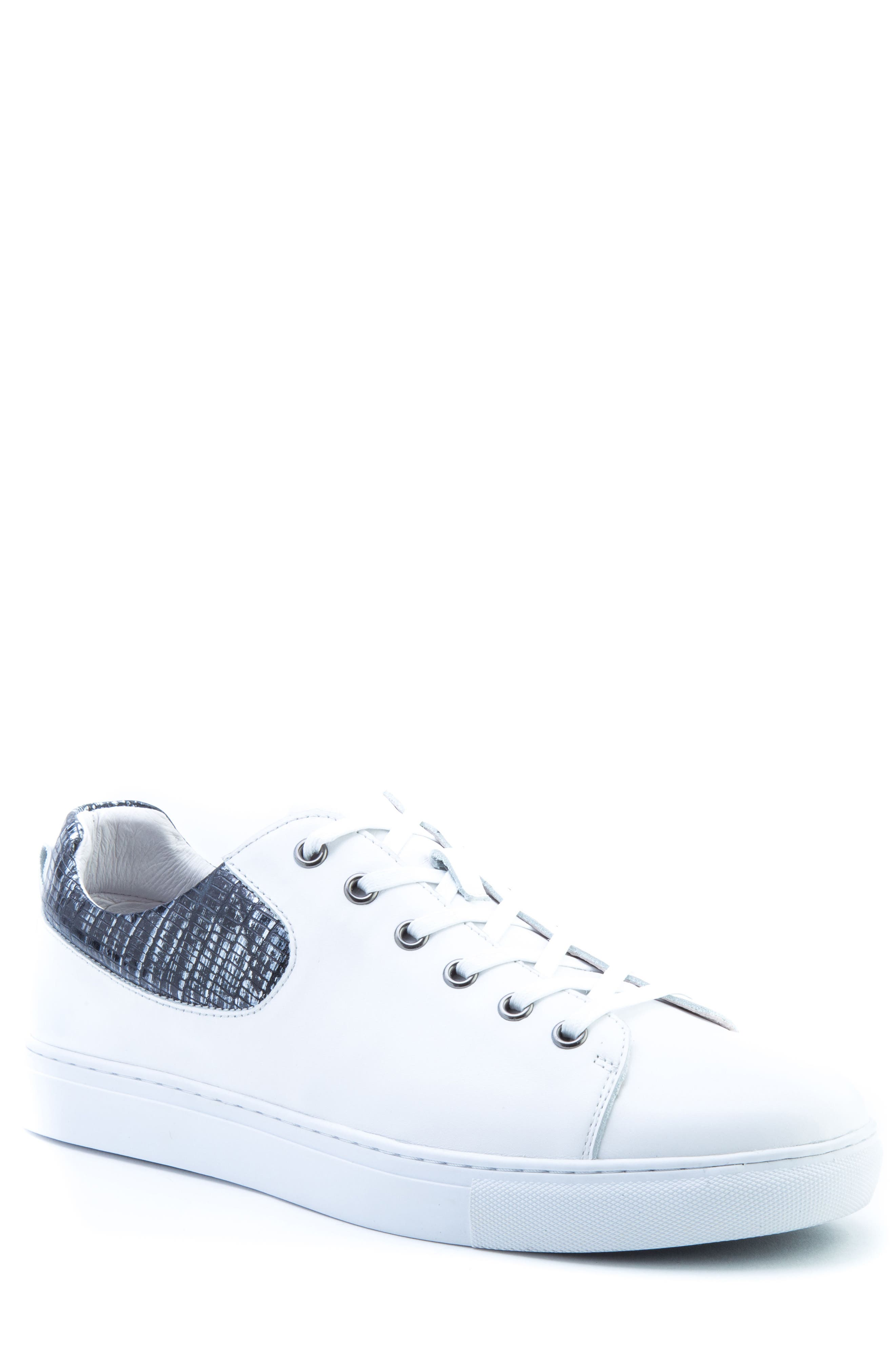 Badgley Mischka Robinson Sneaker (Men)