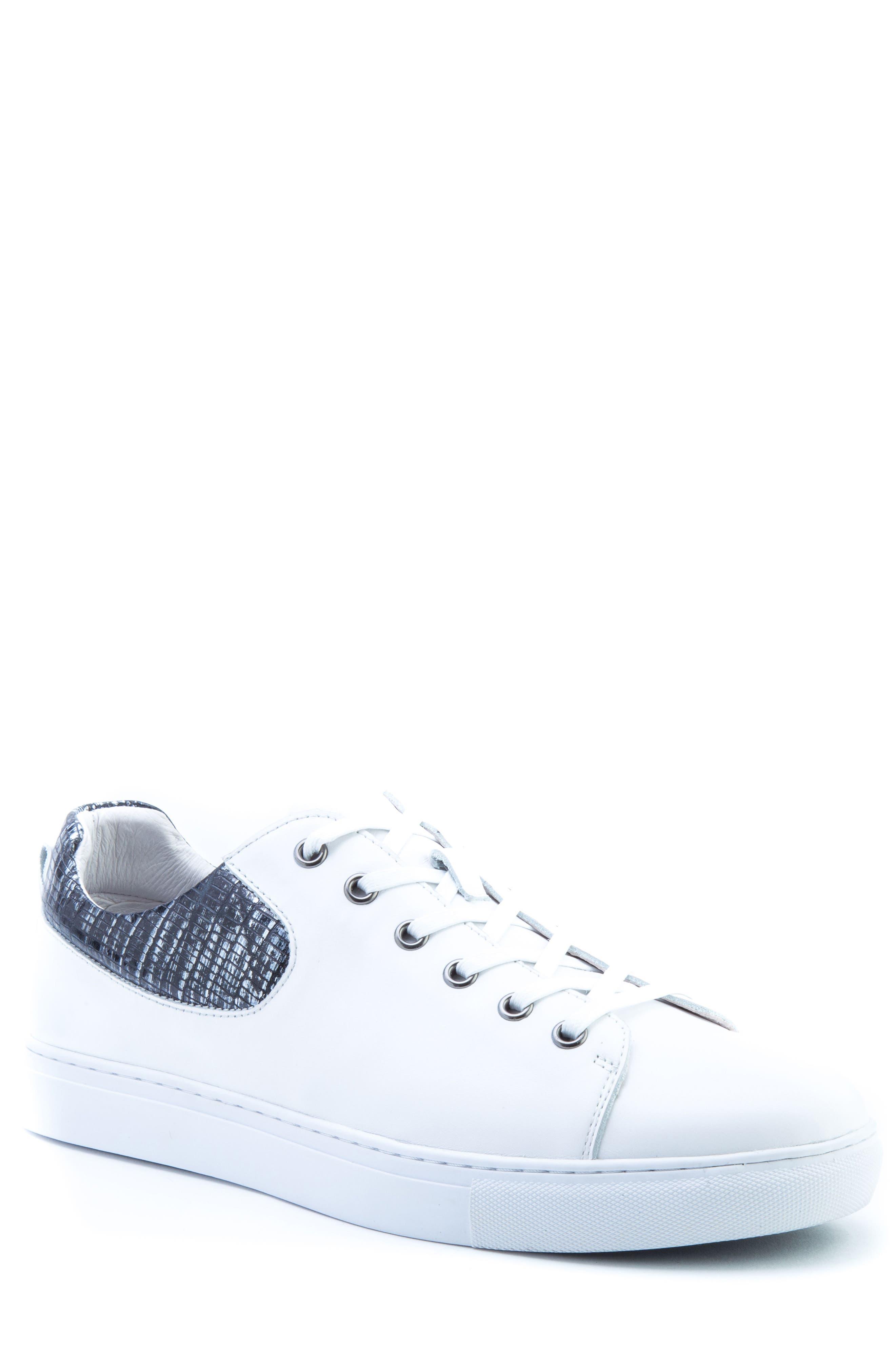 Badgley Mischka Robinson Sneaker (Men)