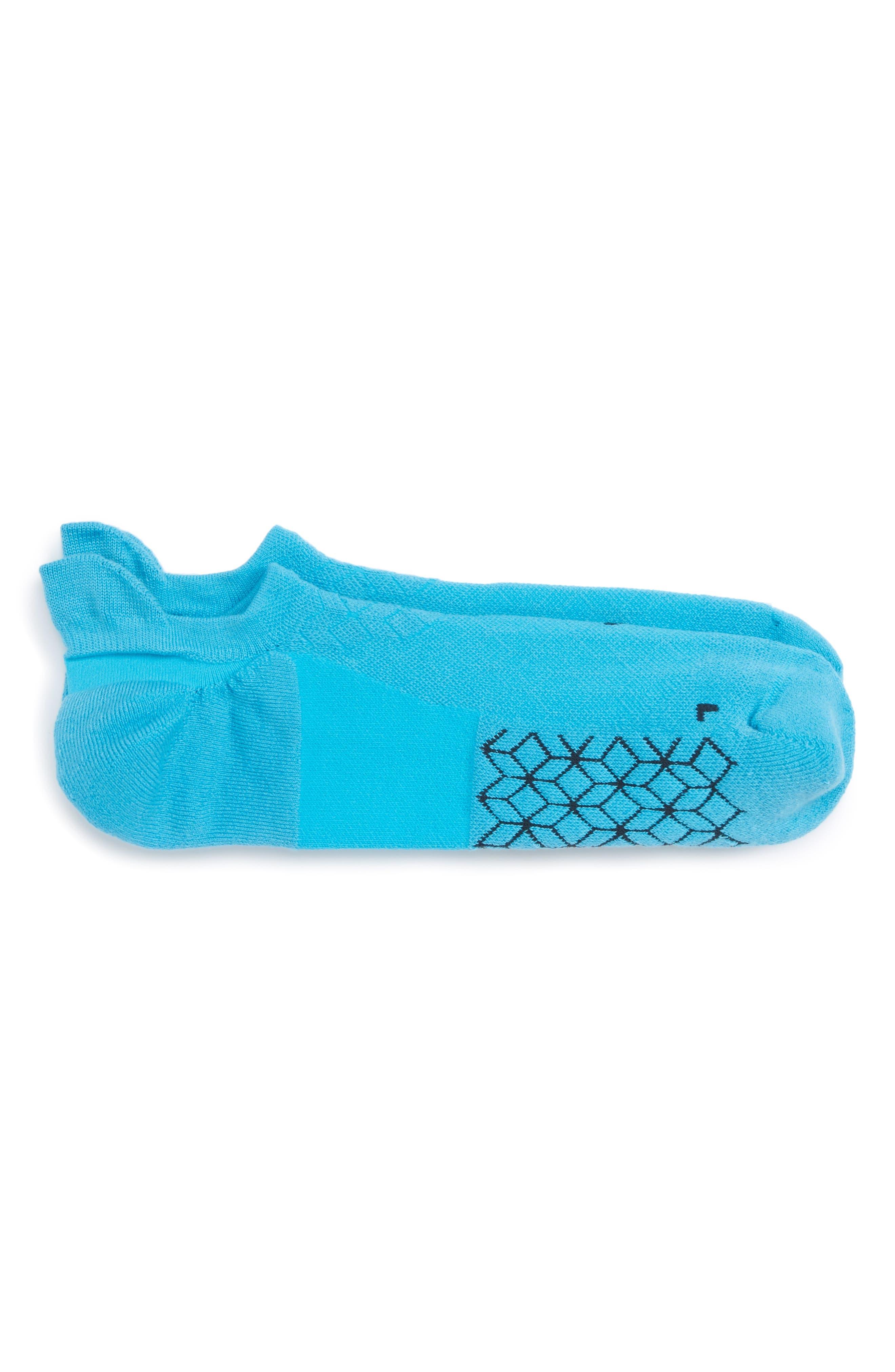 Alternate Image 1 Selected - Nike Elite Cushioned No-Show Tab Running Socks