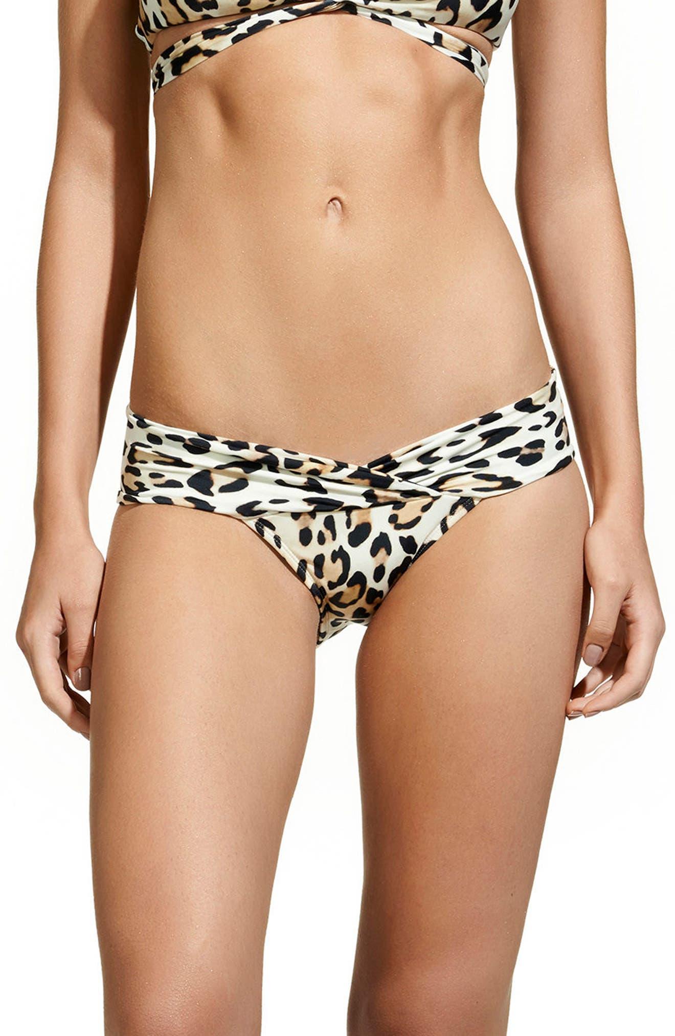 ViX Swimwear Leopard Beta Bikini Bottoms