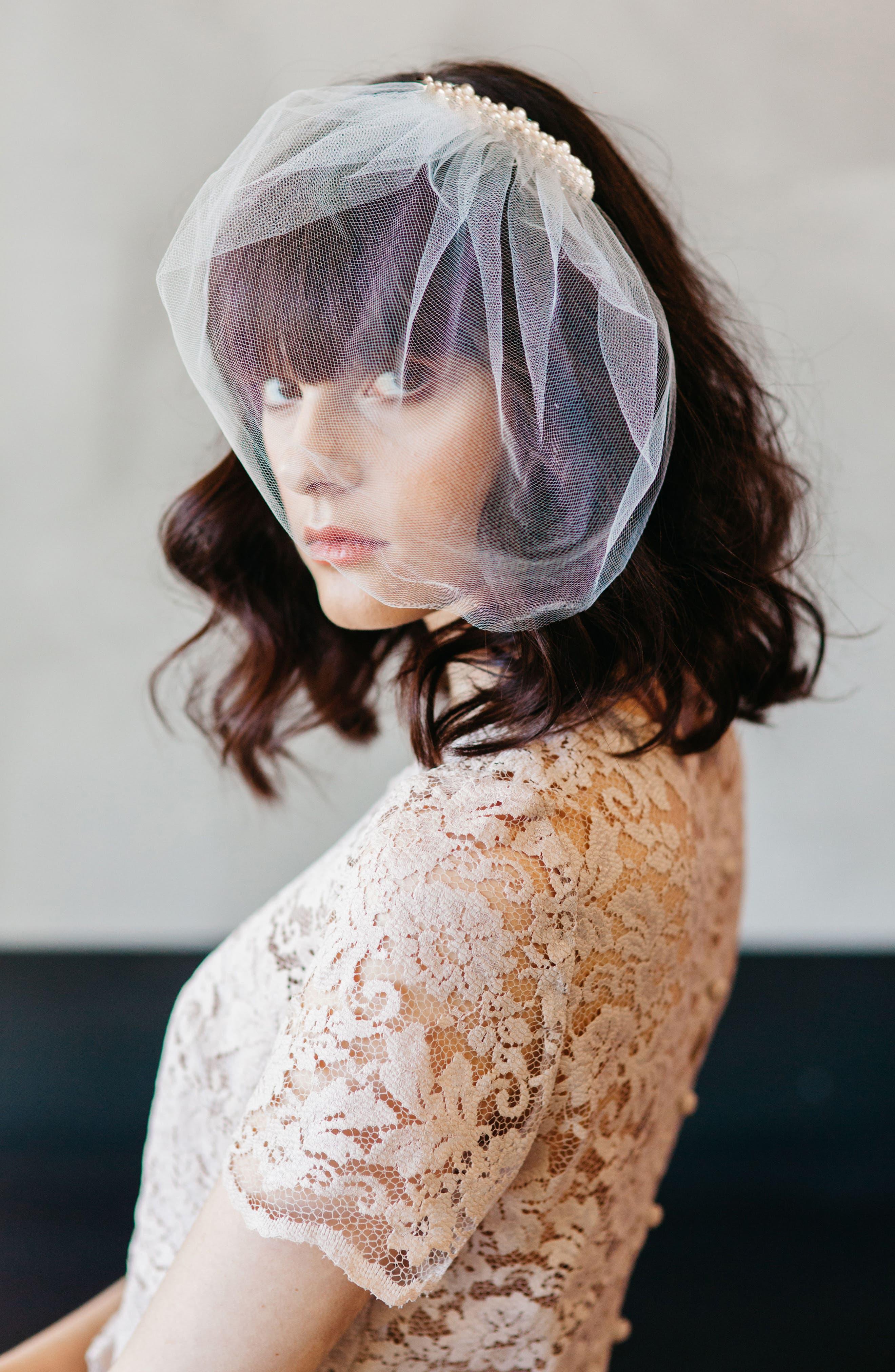 Alternate Image 1 Selected - J-Picone Bridal Veil Hair Comb