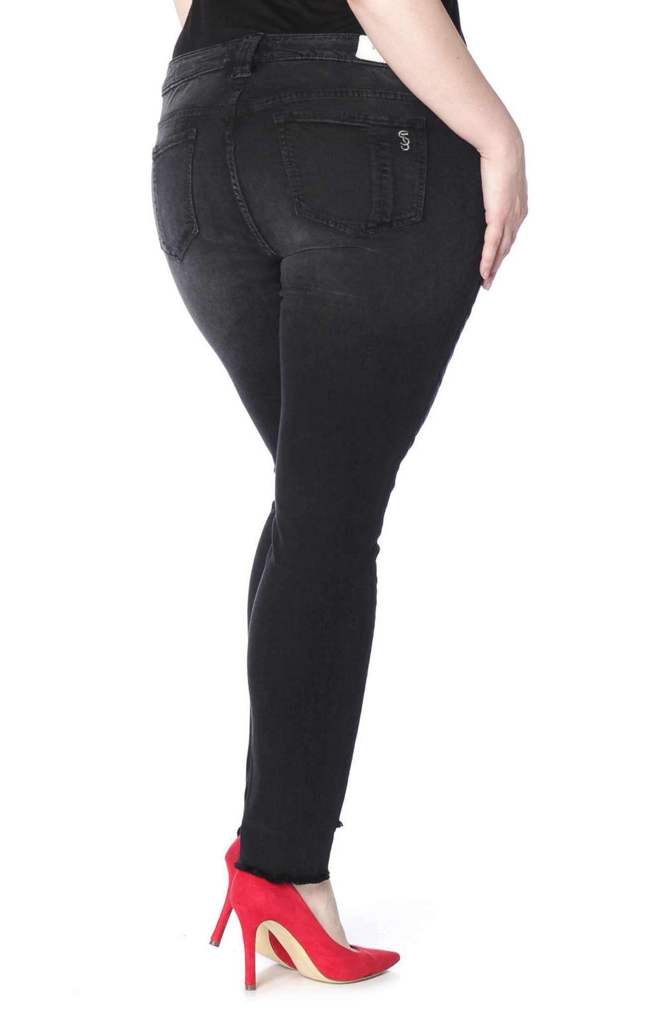 Alternate Image 2  - SLINK Jeans Step Hem Stretch Skinny Jeans (Mimi) (Plus Size)