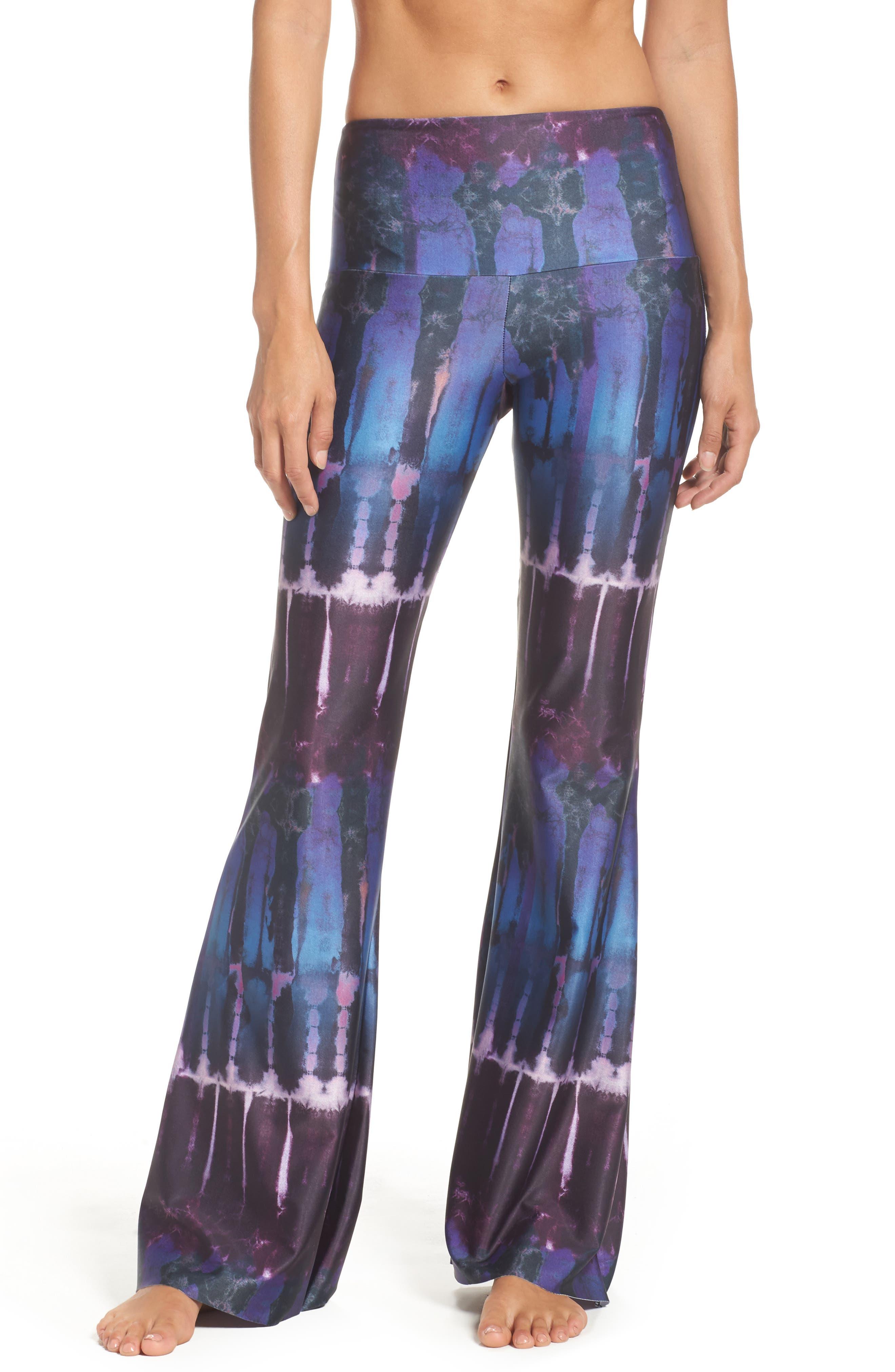 ONZIE Flare Leg Yoga Pants