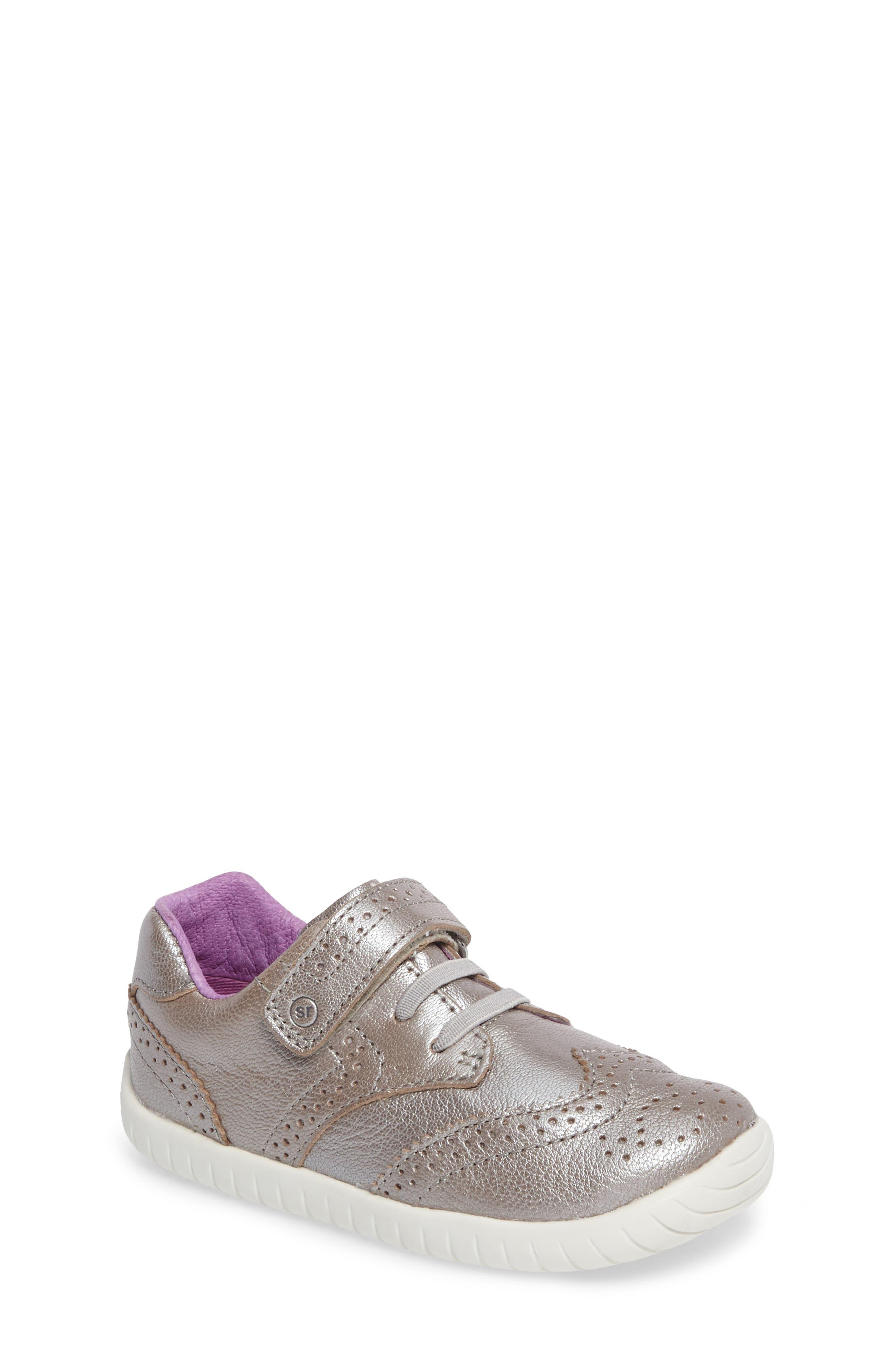 Stride Rite Addison Metallic Wingtip Sneaker (Baby, Walker & Toddler)
