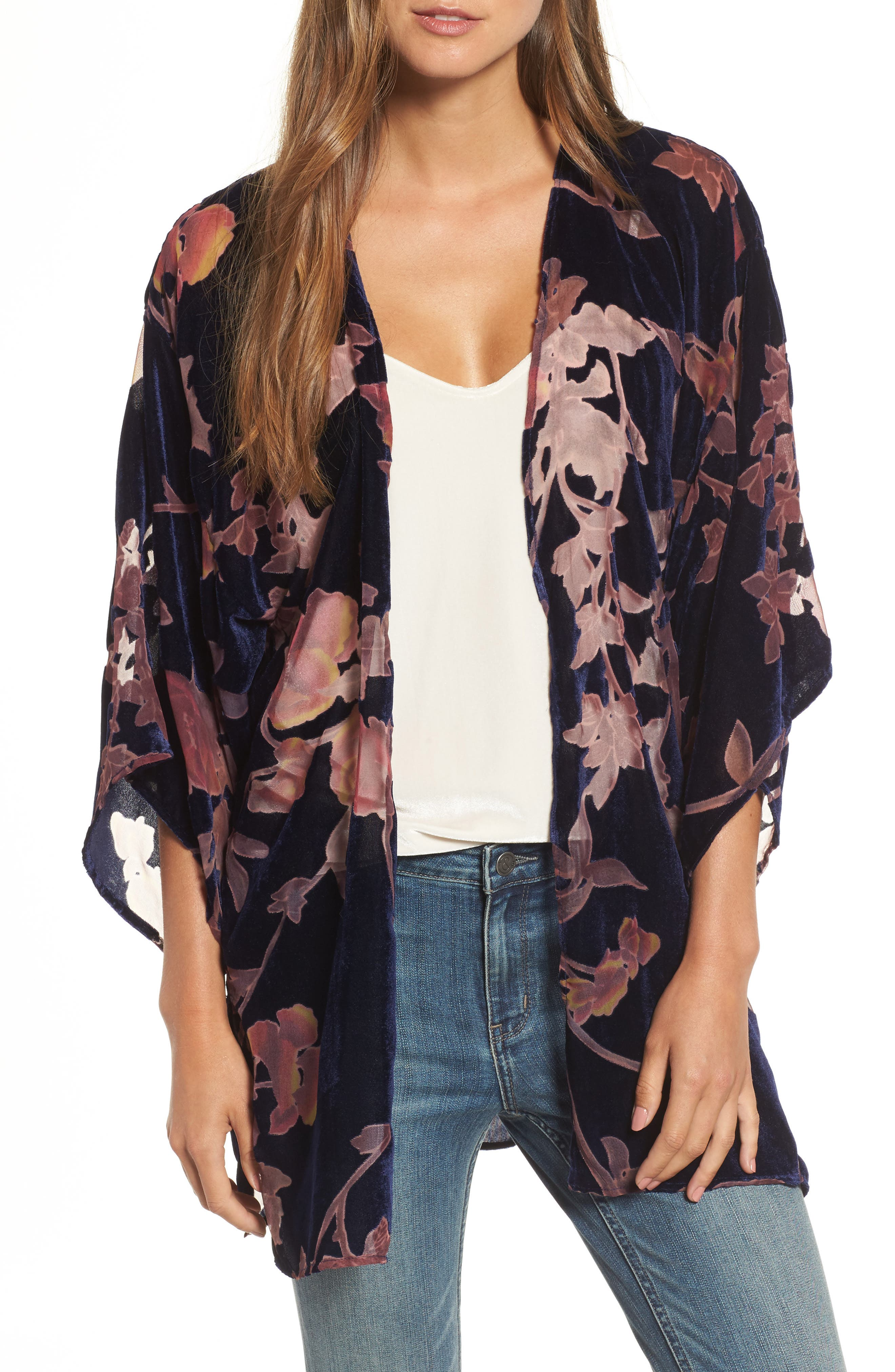 Hinge Burnout Floral Velvet Kimono