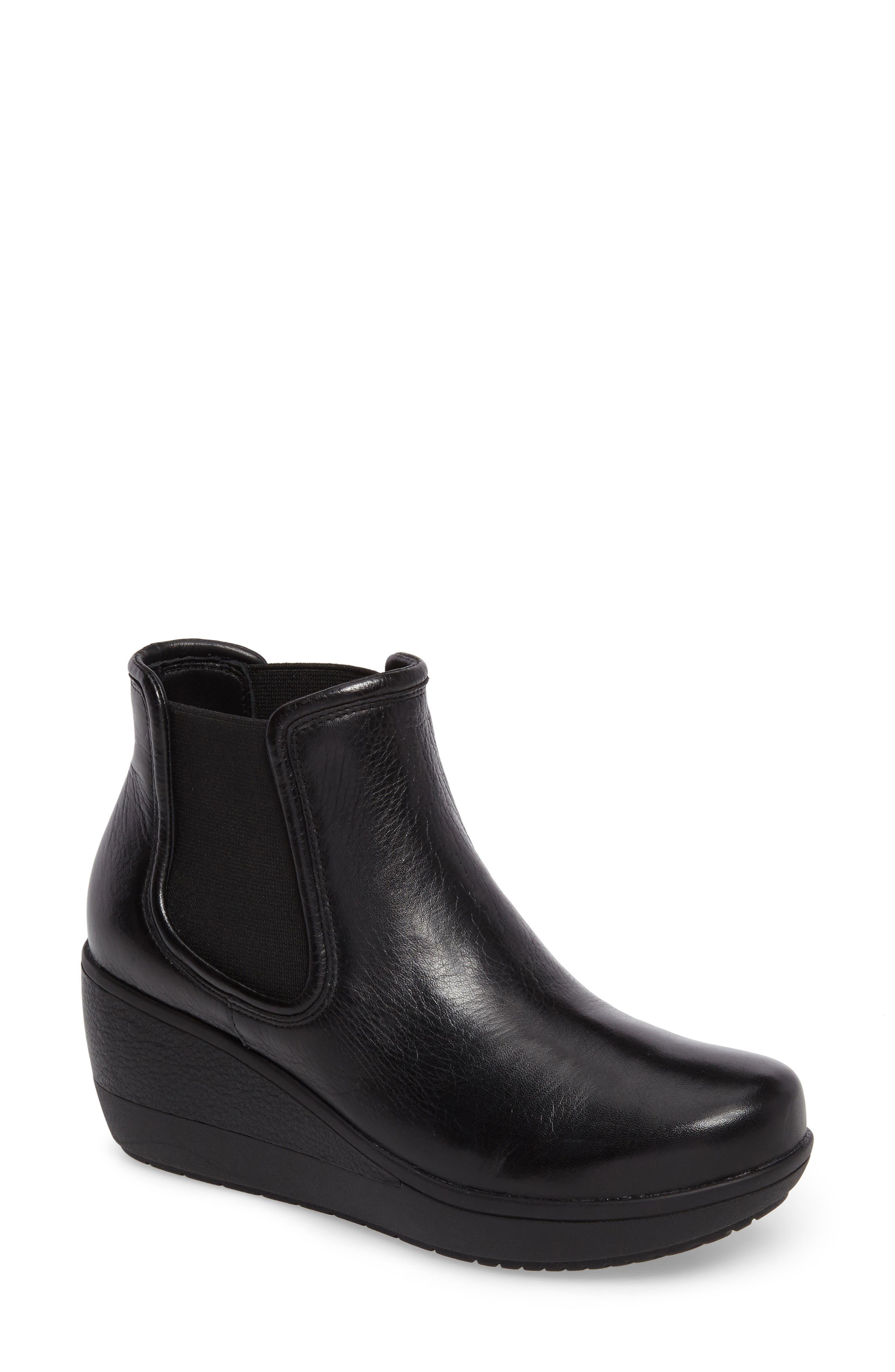 Main Image - Clarks® Wynnmere Mara Boot (Women)