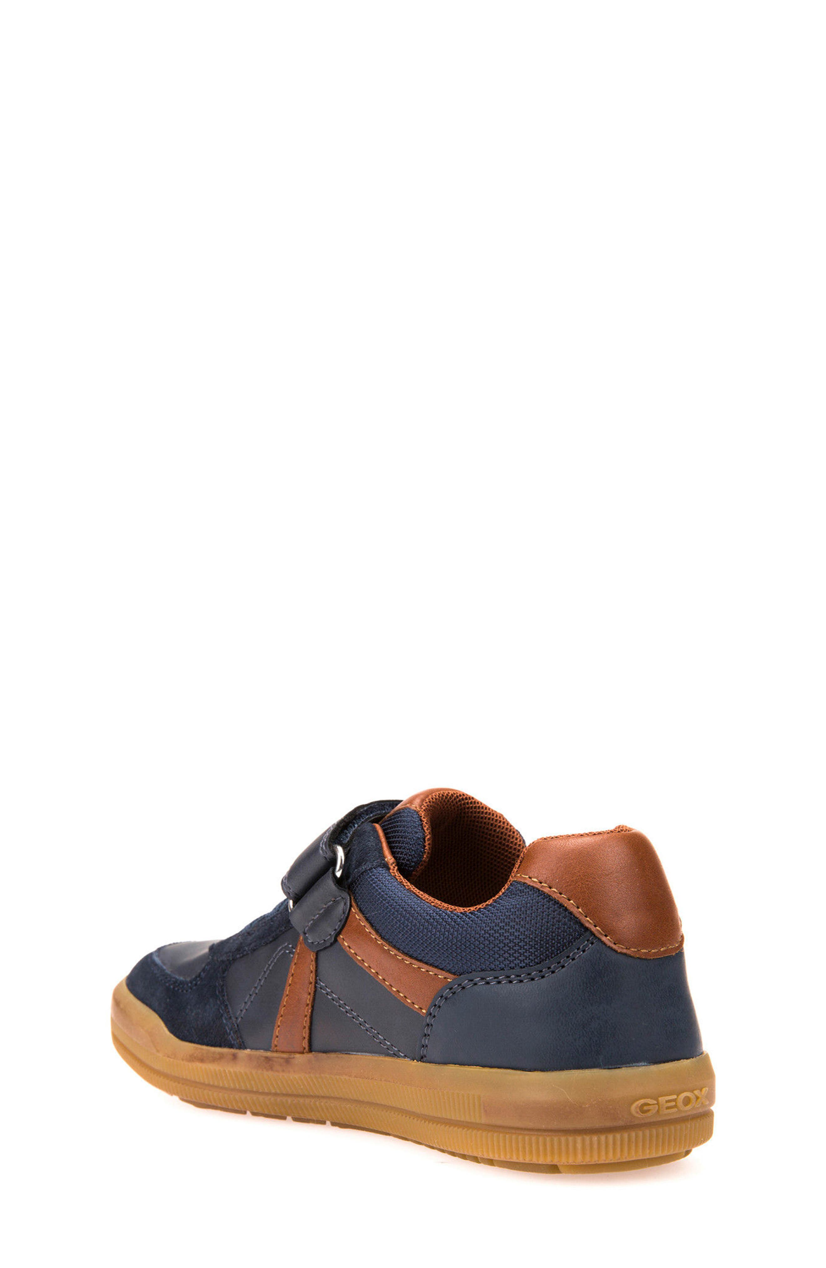 Alternate Image 2  - Geox Arzach Low Top Sneaker (Toddler, Little Kid & Big Kid)