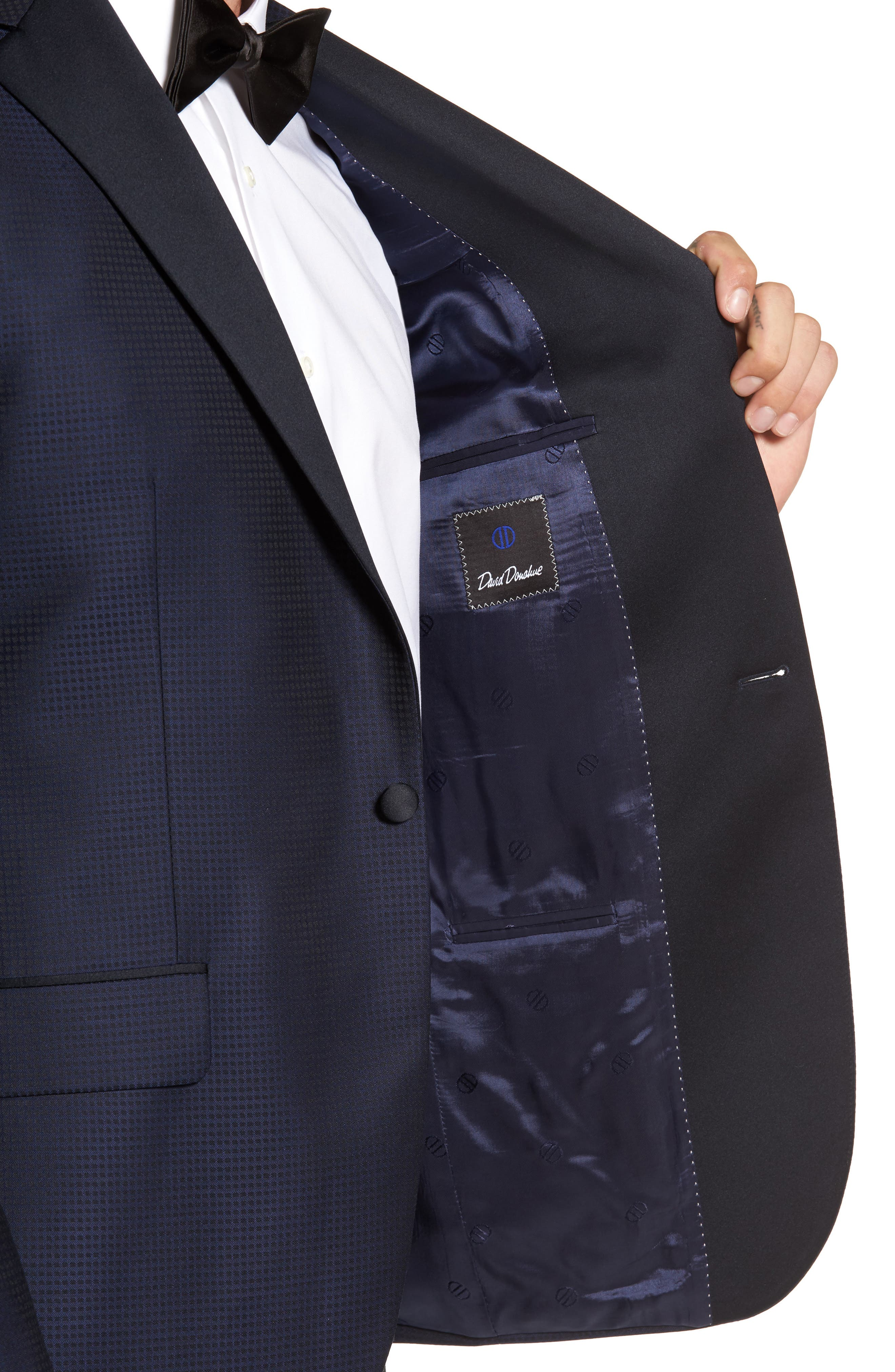 Alternate Image 4  - David Donahue Reed Classic Fit Dinner Jacket