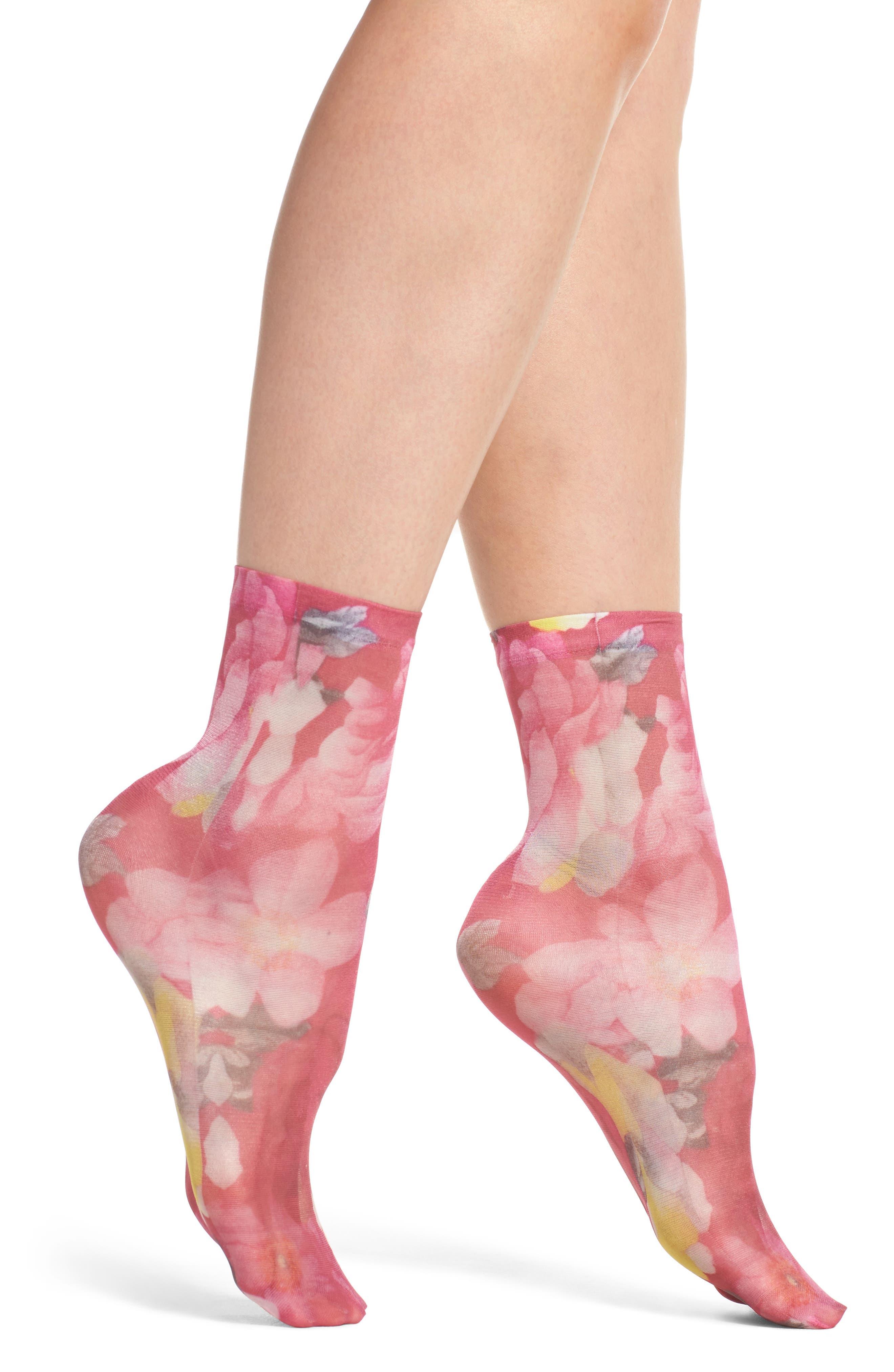 Main Image - Sarah Borghi Floriana Ankle Socks