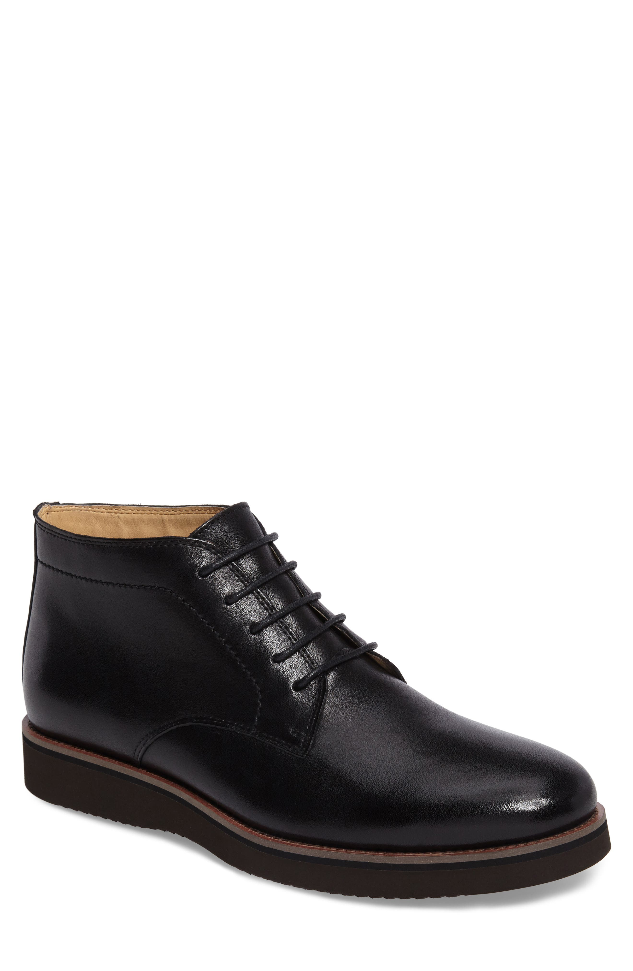 English Laundry Garrick Chukka Boot (Men)