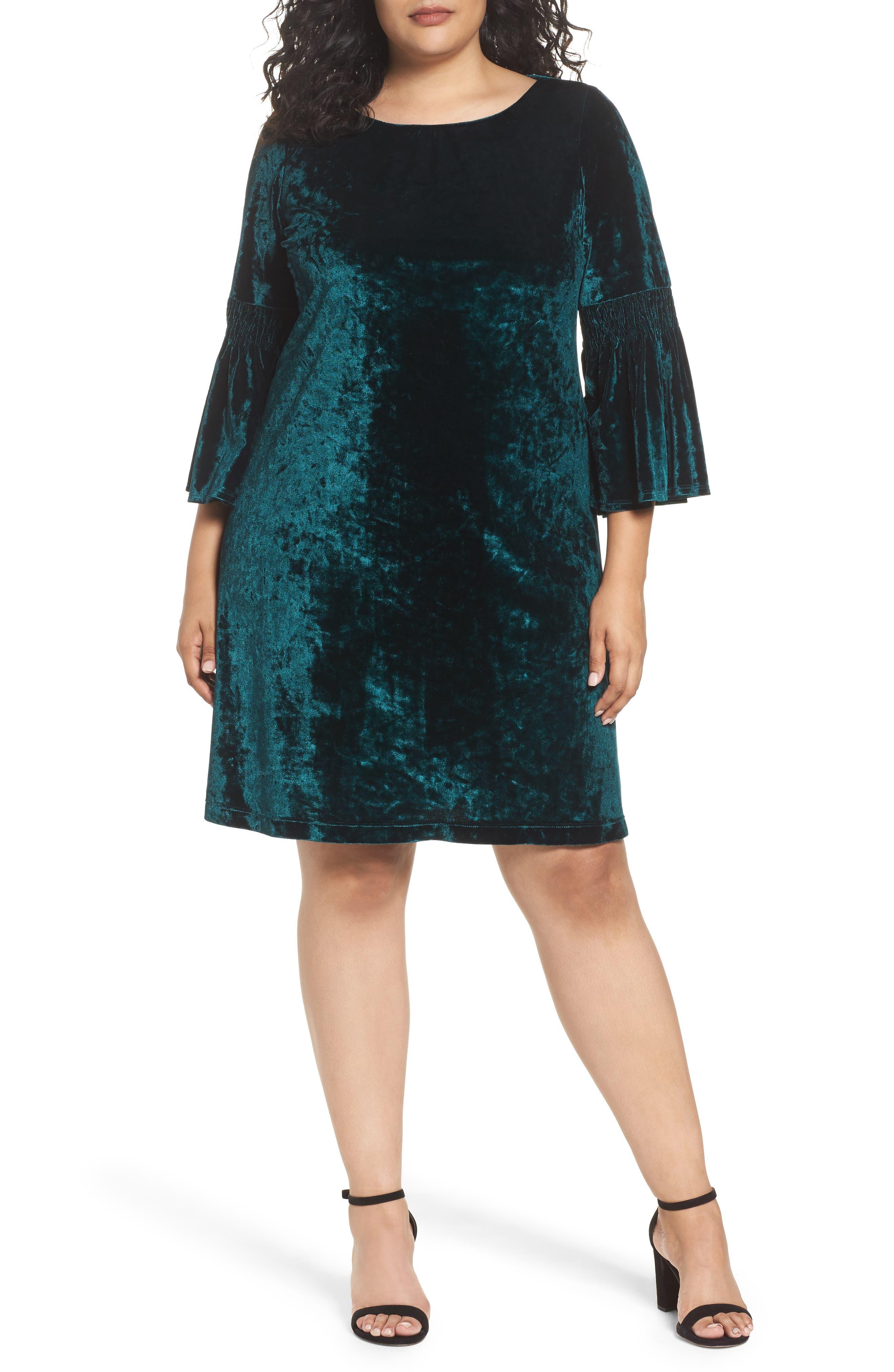 Gabby Skye Bell Sleeve Velvet Shift Dress (Plus Size)