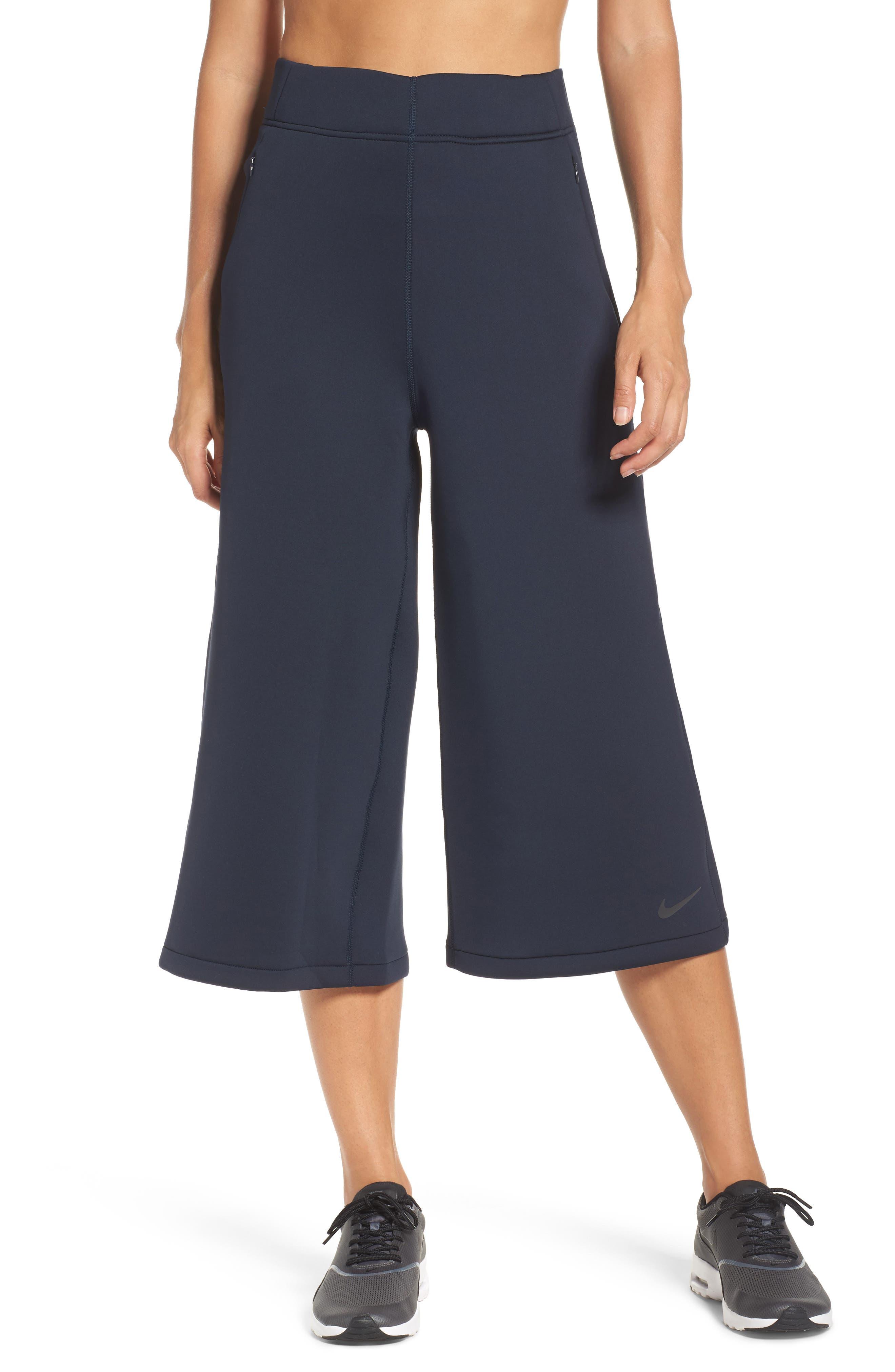 Alternate Image 1 Selected - Nike Therma Sphere Max Crop Pants