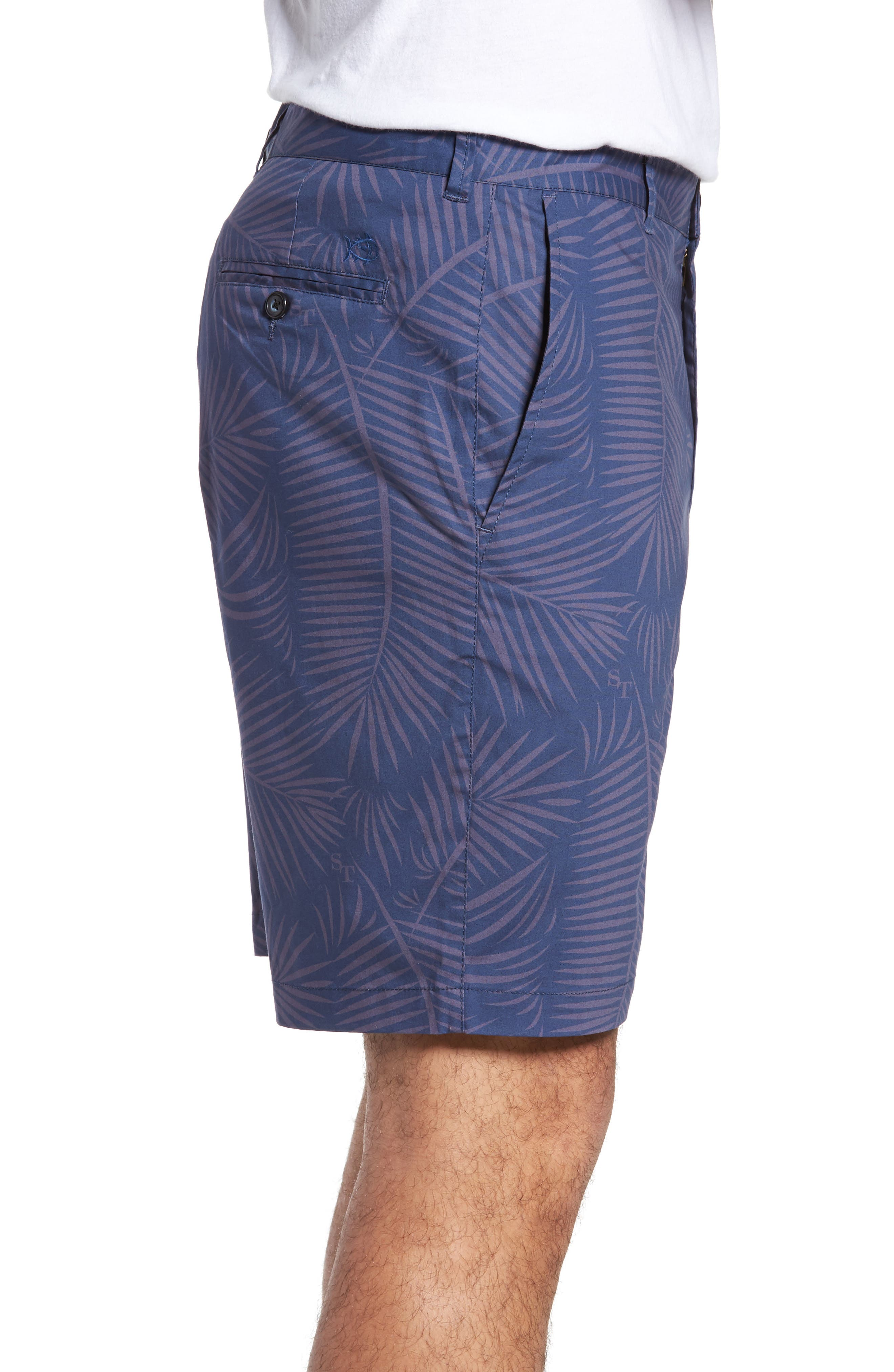 Alternate Image 3  - Southern Tide Pelican Peak Shorts