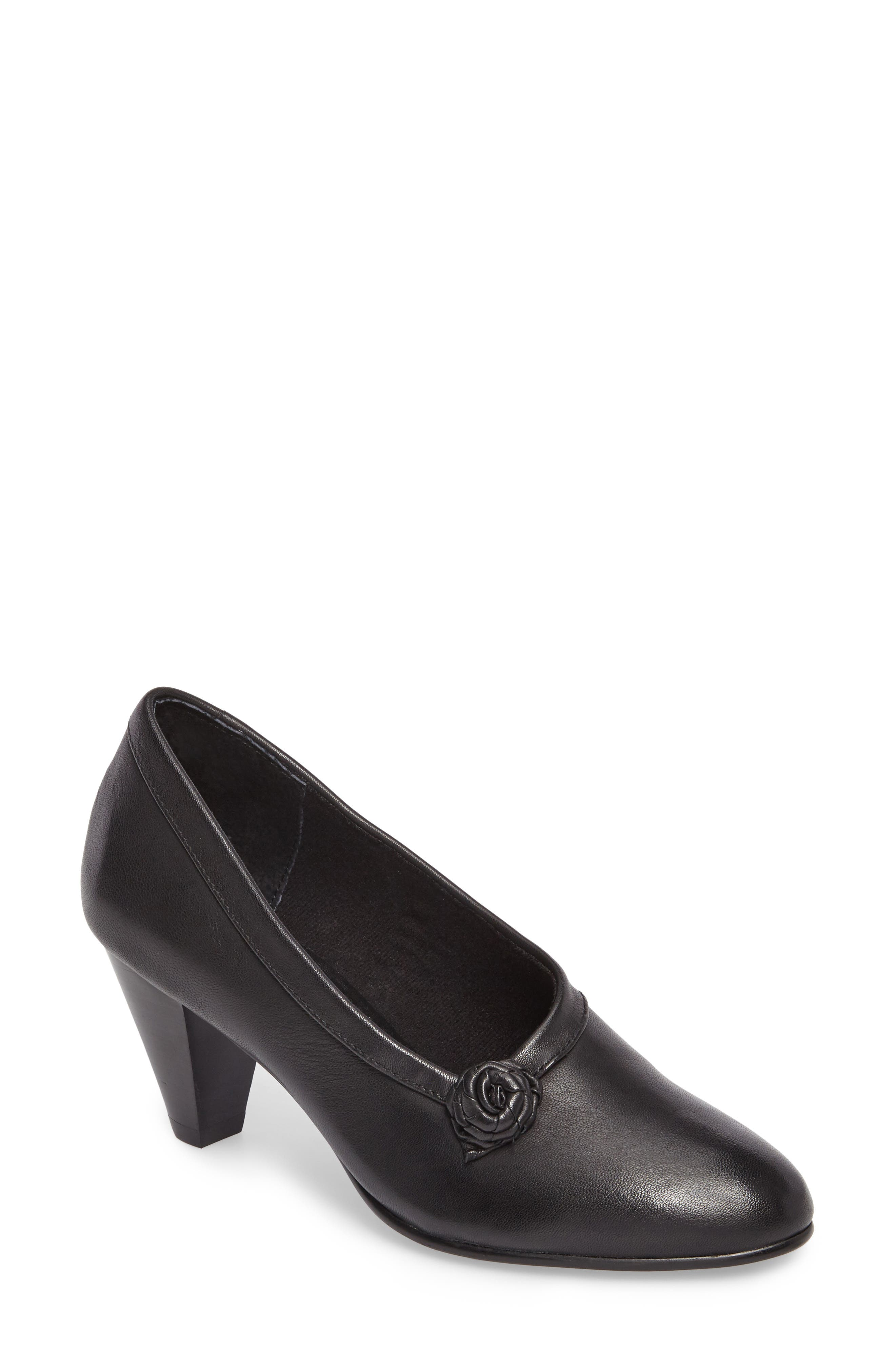 Kelly Pump,                             Main thumbnail 1, color,                             Black Leather