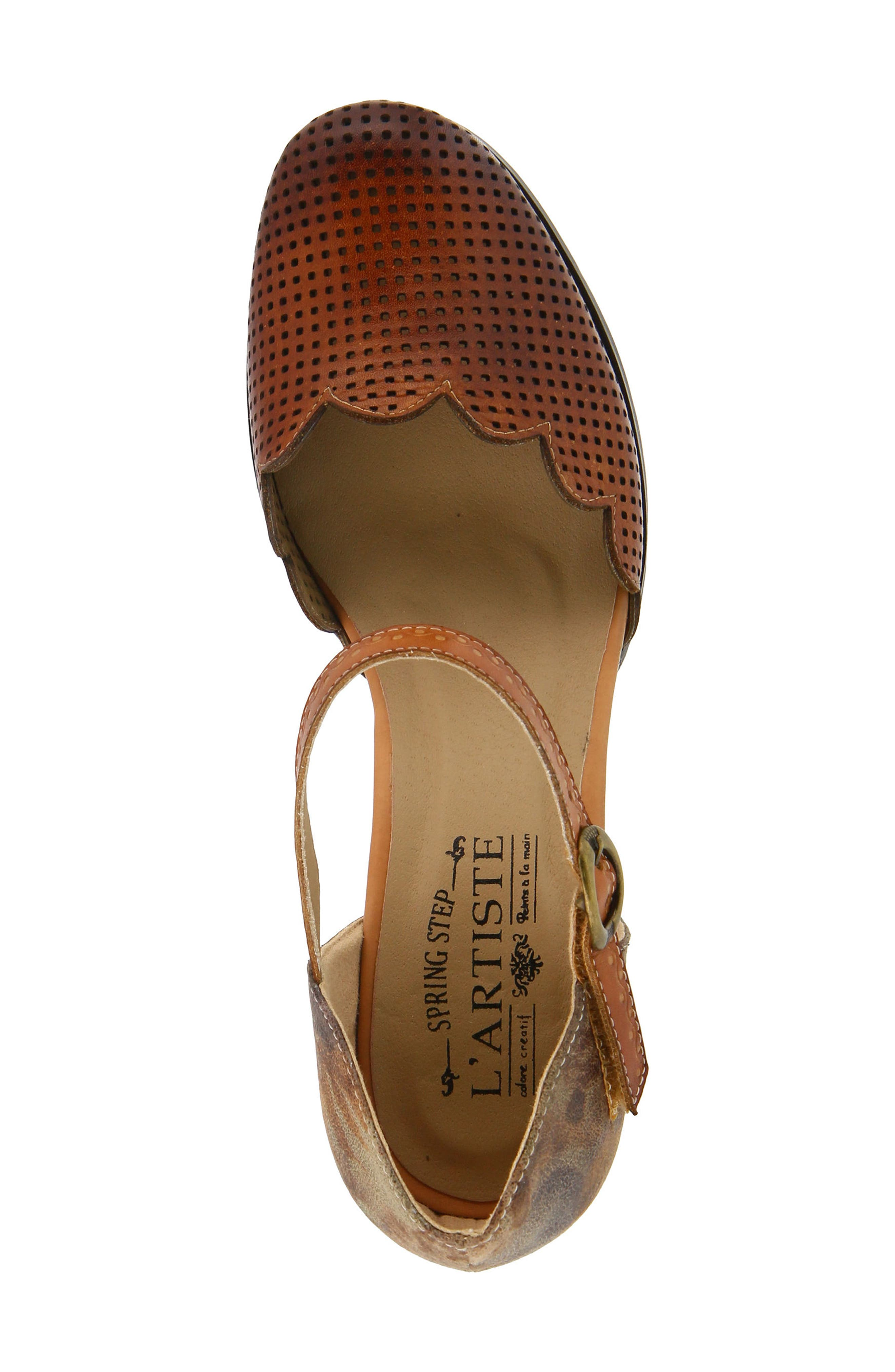 L'Artiste Parchelle Pump,                             Alternate thumbnail 4, color,                             Camel Leather