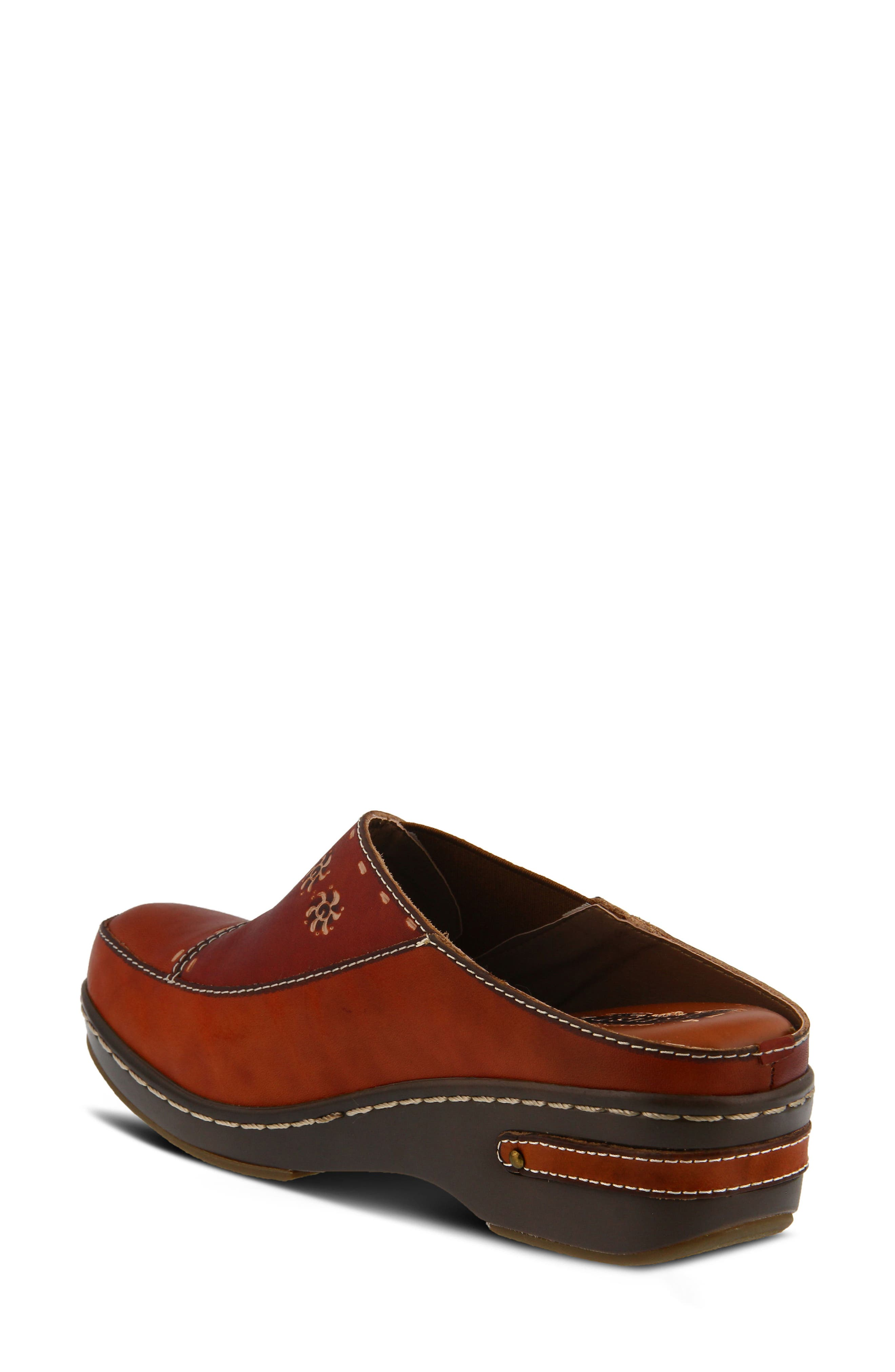L'Artiste Chino Clog,                             Alternate thumbnail 2, color,                             Camel Leather