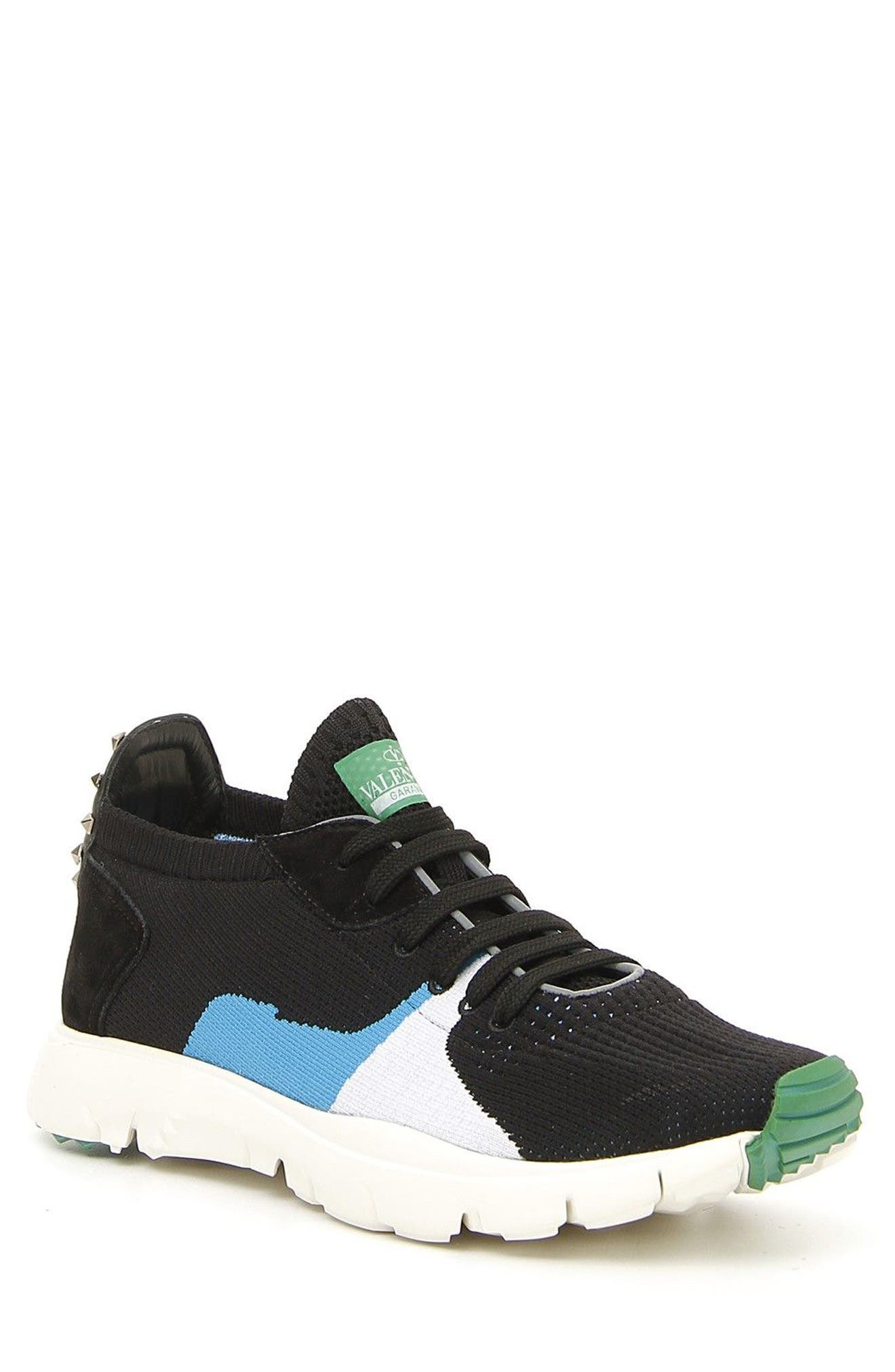Alternate Image 1 Selected - VALENTINO GARAVANI Sound Low Sneaker (Men)