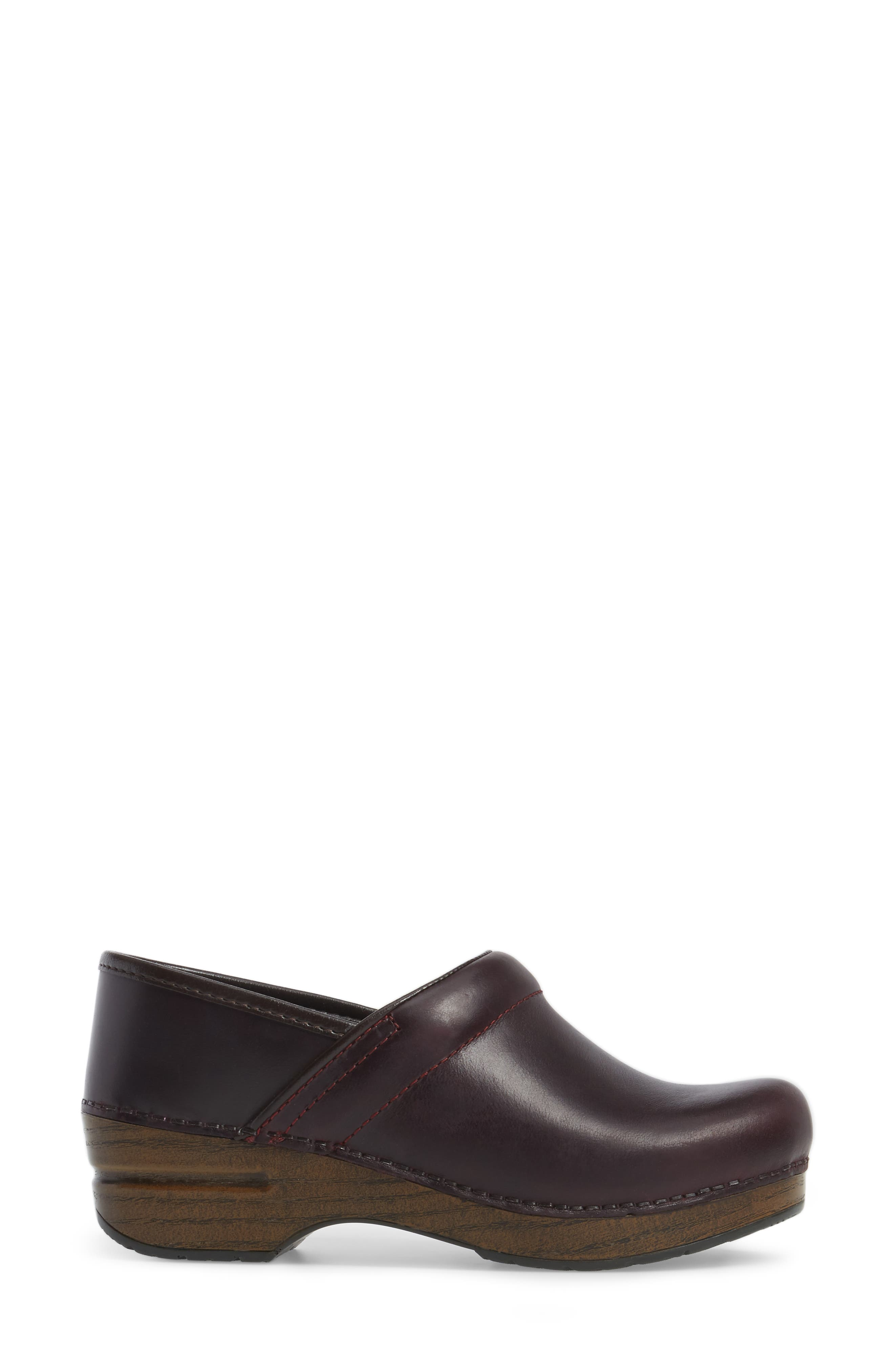 'Professional' Clog,                             Alternate thumbnail 3, color,                             Cordovan Leather